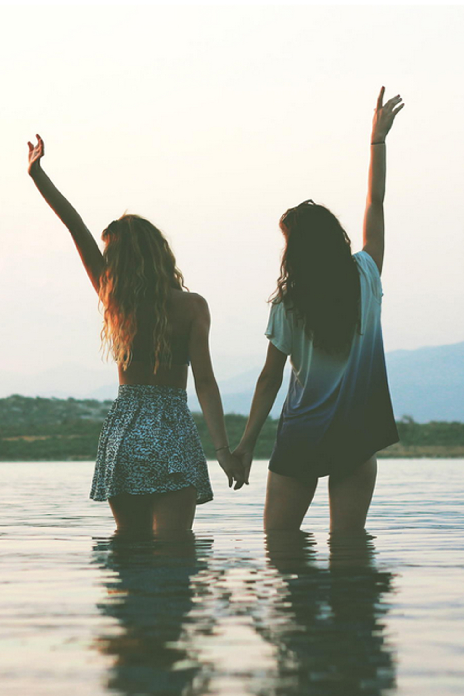 Best Friend Photography Ideas  Fotors Blog