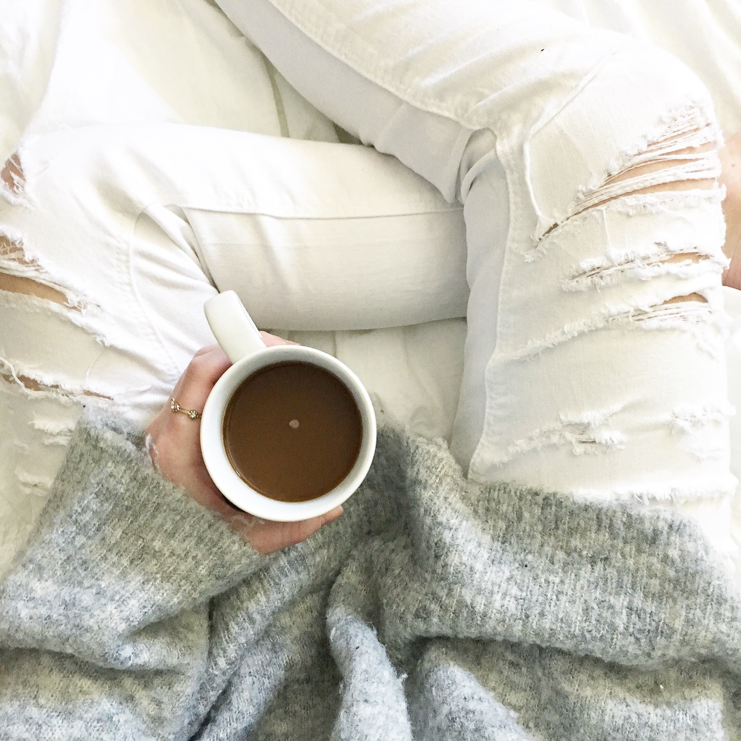 instagram-coffee-white-denim-grey-sweater