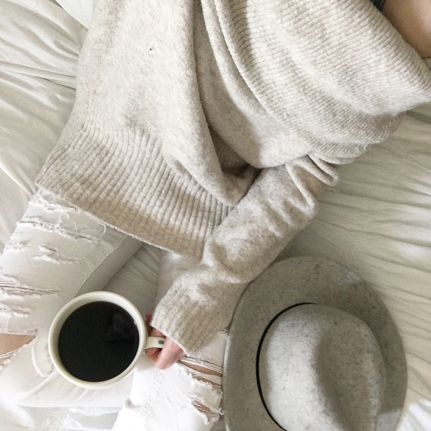 instagram-spring-2017-how-to-shop-my-instagram-with-like-to-know-it-screenshot-coffee-in-bed
