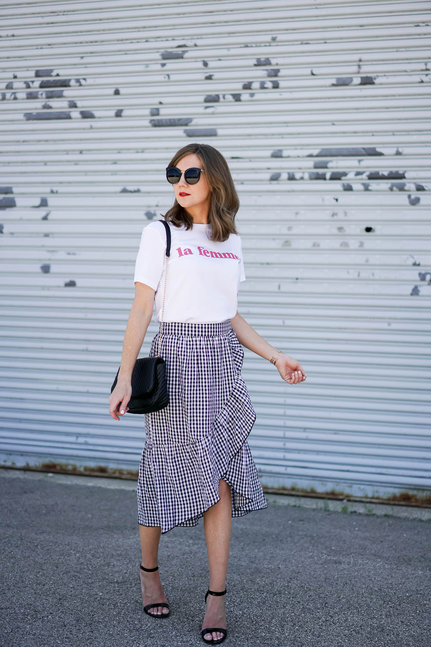 Parisian chic, gingham ruffled midi skirt, la femme tee easy, parisian inspired outfit, how to dress like a french girl, black and white gingham midi skirt