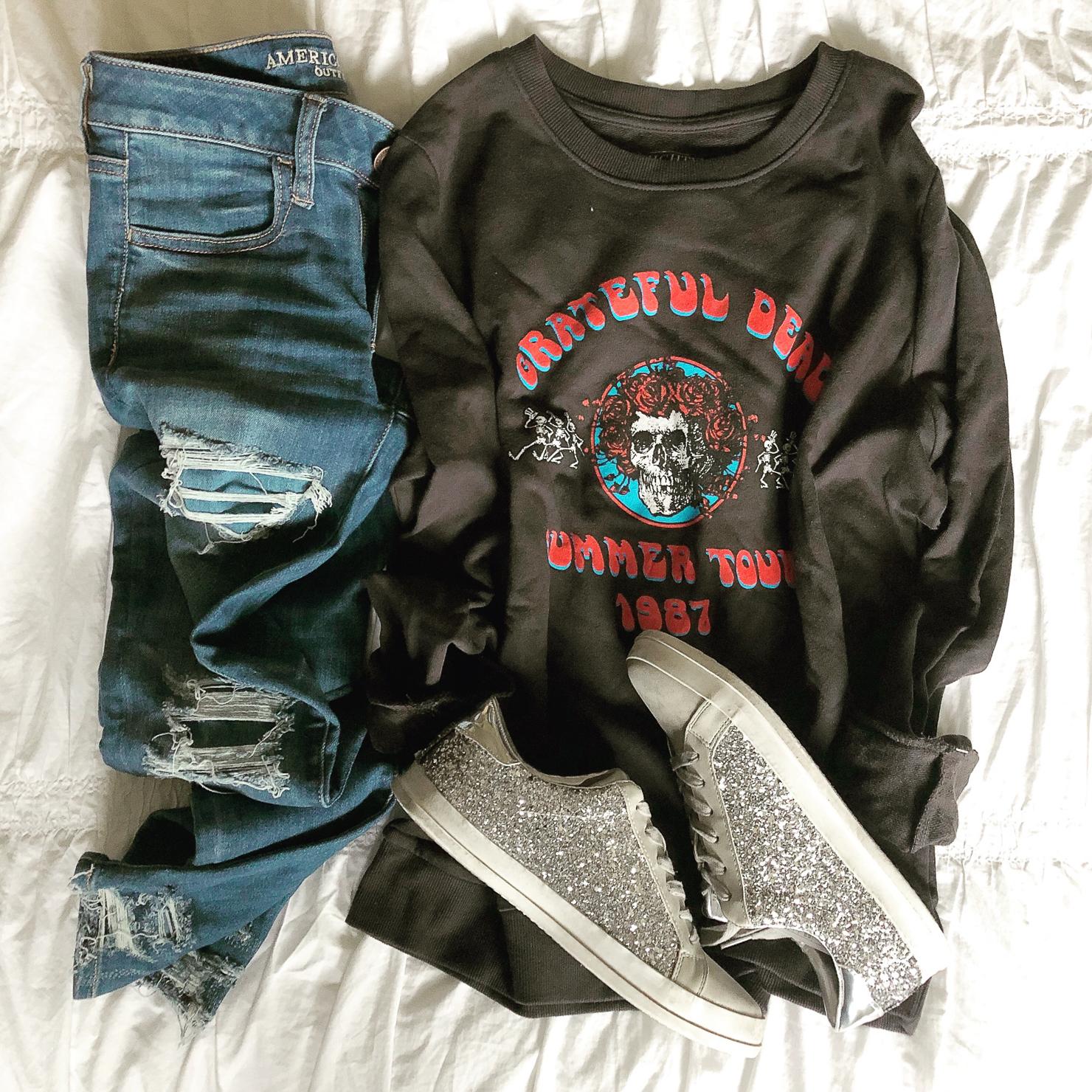 grateful-dead-graphic-sweatshirt-mossimo-glitter-sneakers