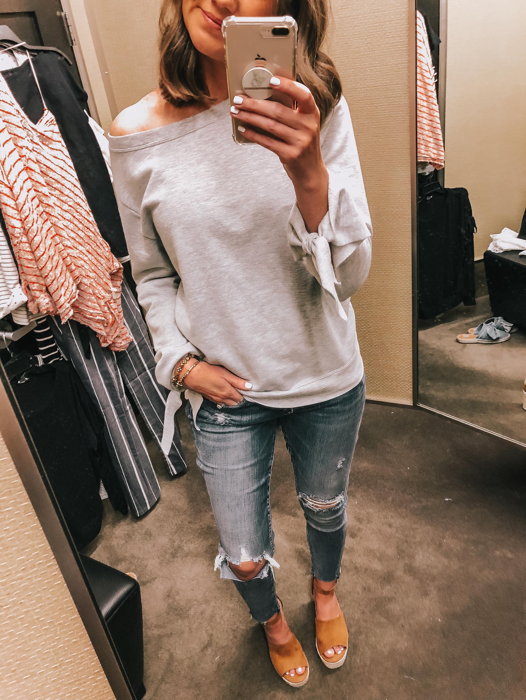 simon malls, woodfield, mother's day gift ideas, Nordstrom tie sleeve sweatshirt