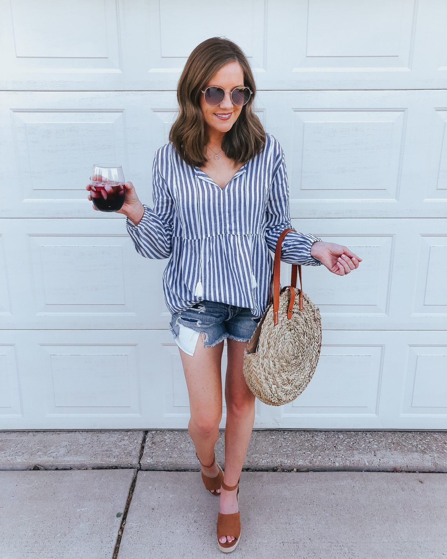 what to wear for the 4th of july, 4th of july outfit inspiration, old navy swing top