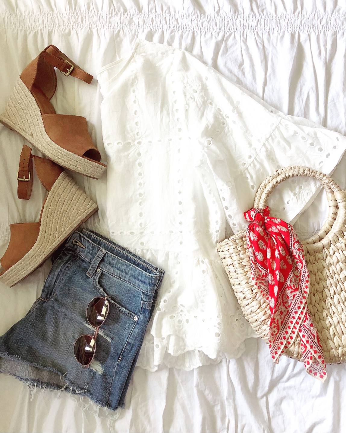 what to wear for the 4th of july, 4th of july outfit inspiration, red white and blue outfit