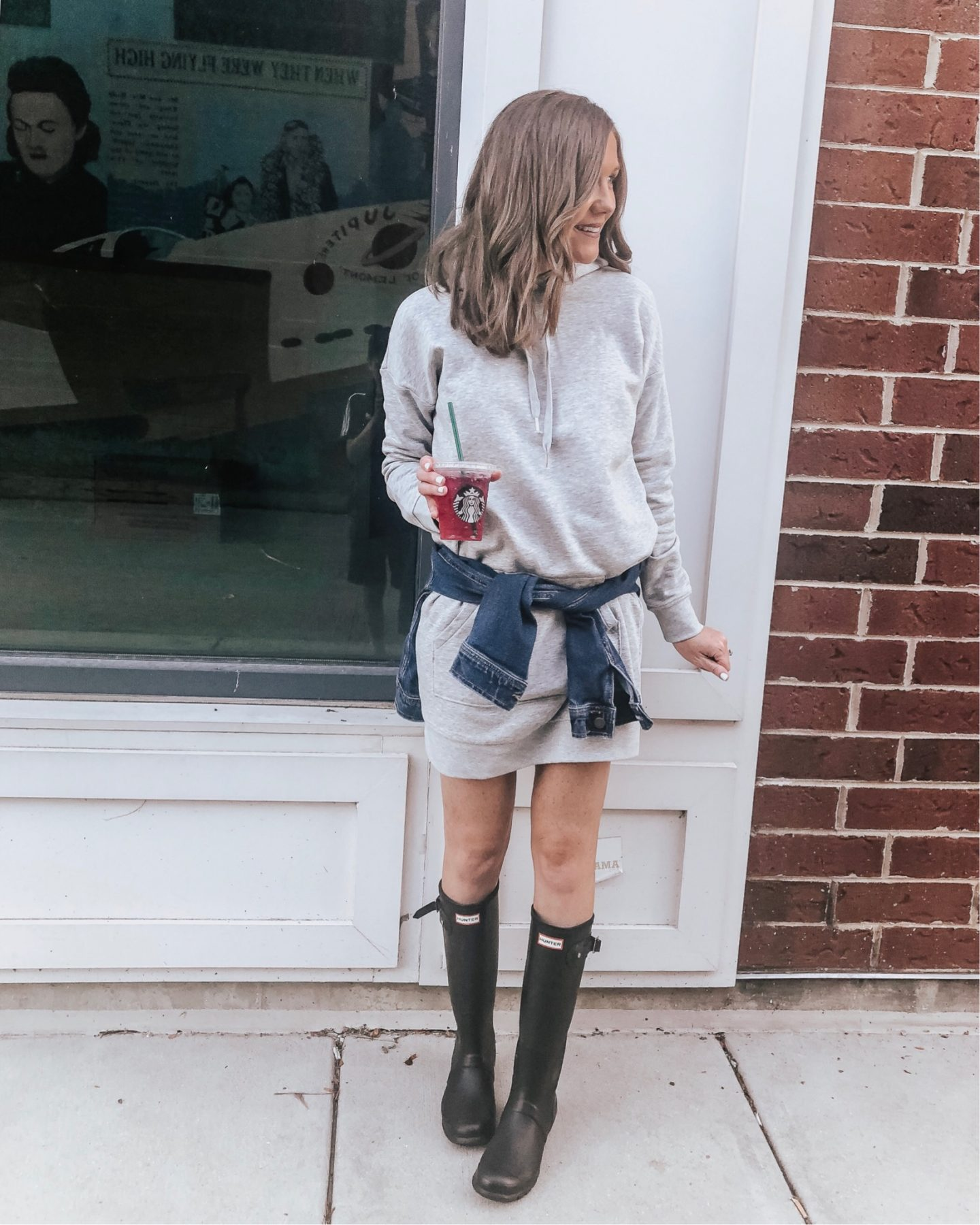 Real Life Outfits, what to wear in the fall, fall fashion 2018, how to transition summer clothing to fall, fall fashion trends for 2018, mom style