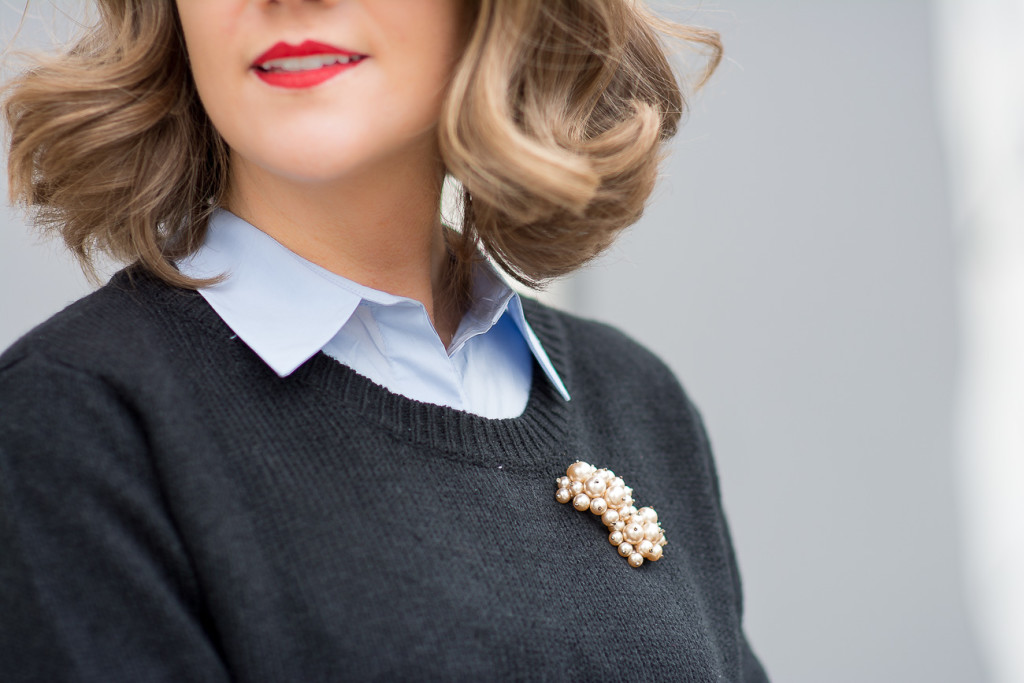 styling a pearl brooch