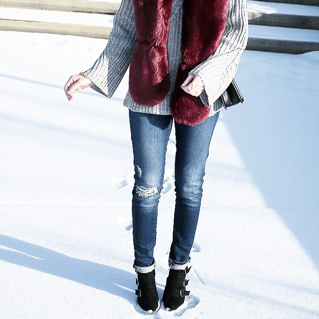 faux fur stole, faux fur scarf, burgundy fur scarf, chunky knit, bell sleeve sweater, blank denim jeans