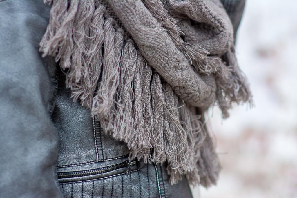 gray fringe snood