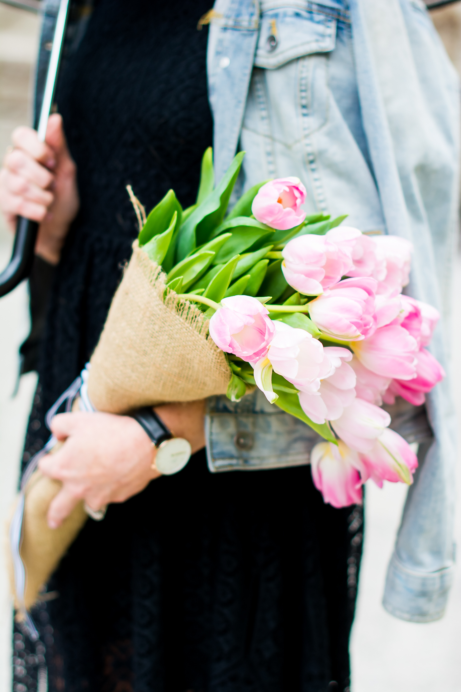 pink tulips wrapped in burlap, pink tulips ties with black and white striped gross grain ribbon