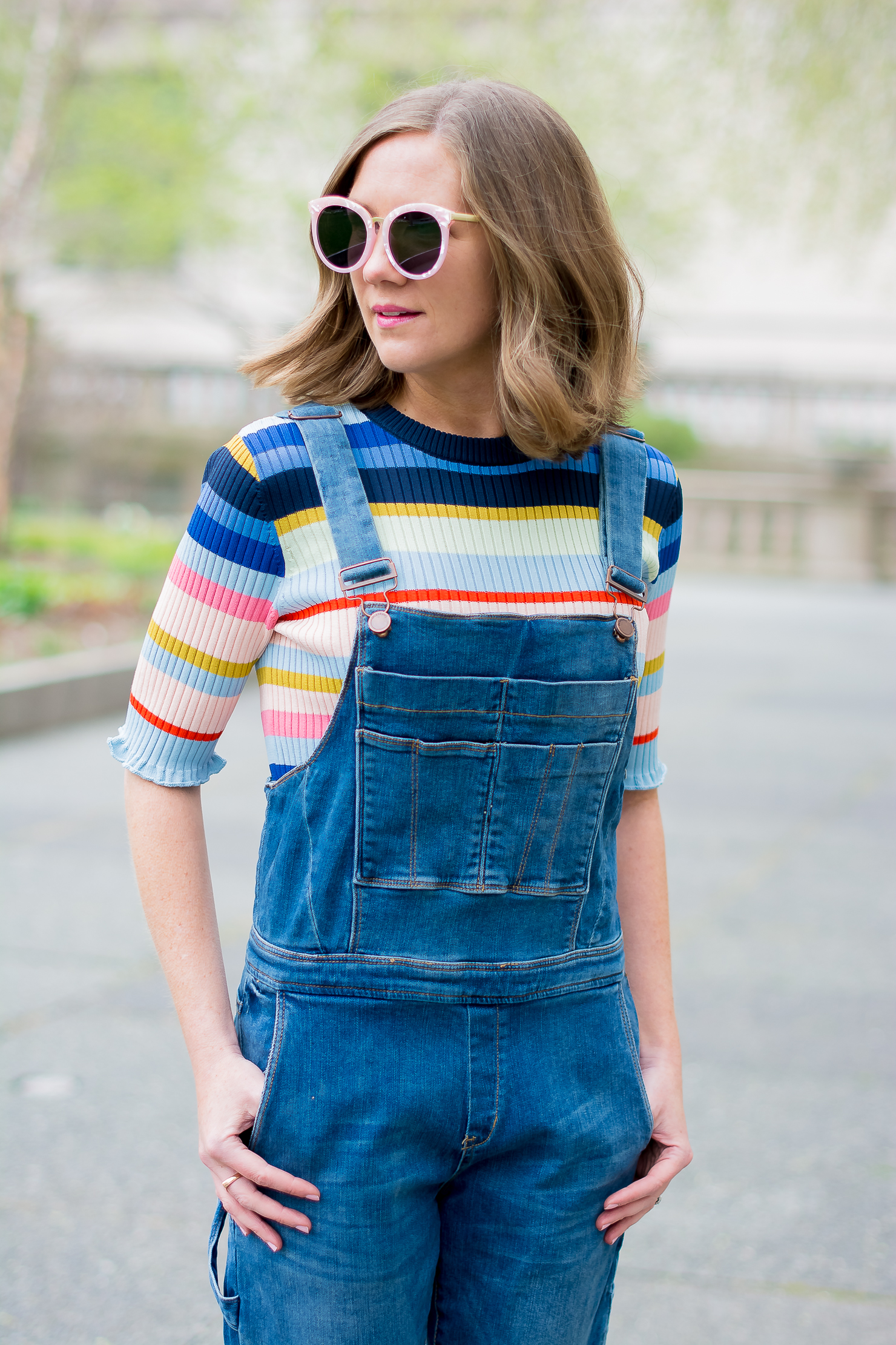 blank-nyc-skinny-overalls-h&m-rib-knit-multicolor-striped-top-forever-21-pink-marble-sunglasses-the-art-institute-of-chicago