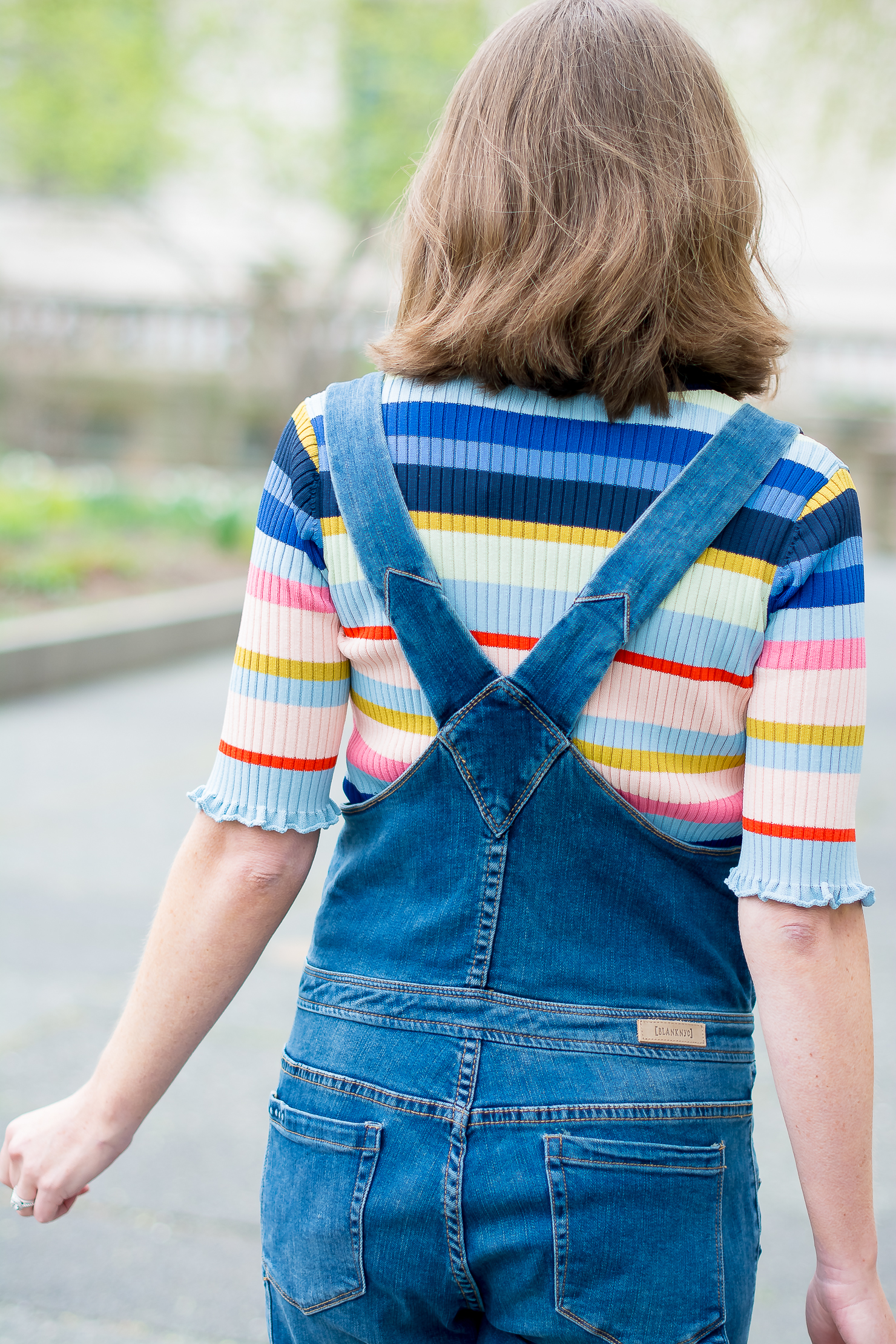 blank-nyc-skinny-overalls-h&m-rib-knit-multicolor-striped-top