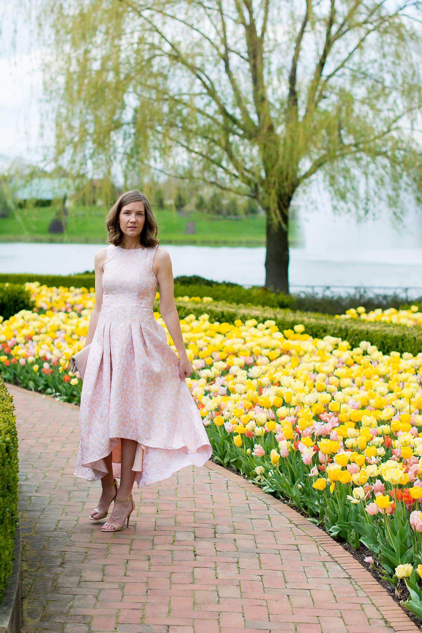shoshana-coraline-dress-rent-the-runway-blush-folodover-clutch-chicago-botanic-gardens-oscar-de-la-renta-floral-ring-tulips