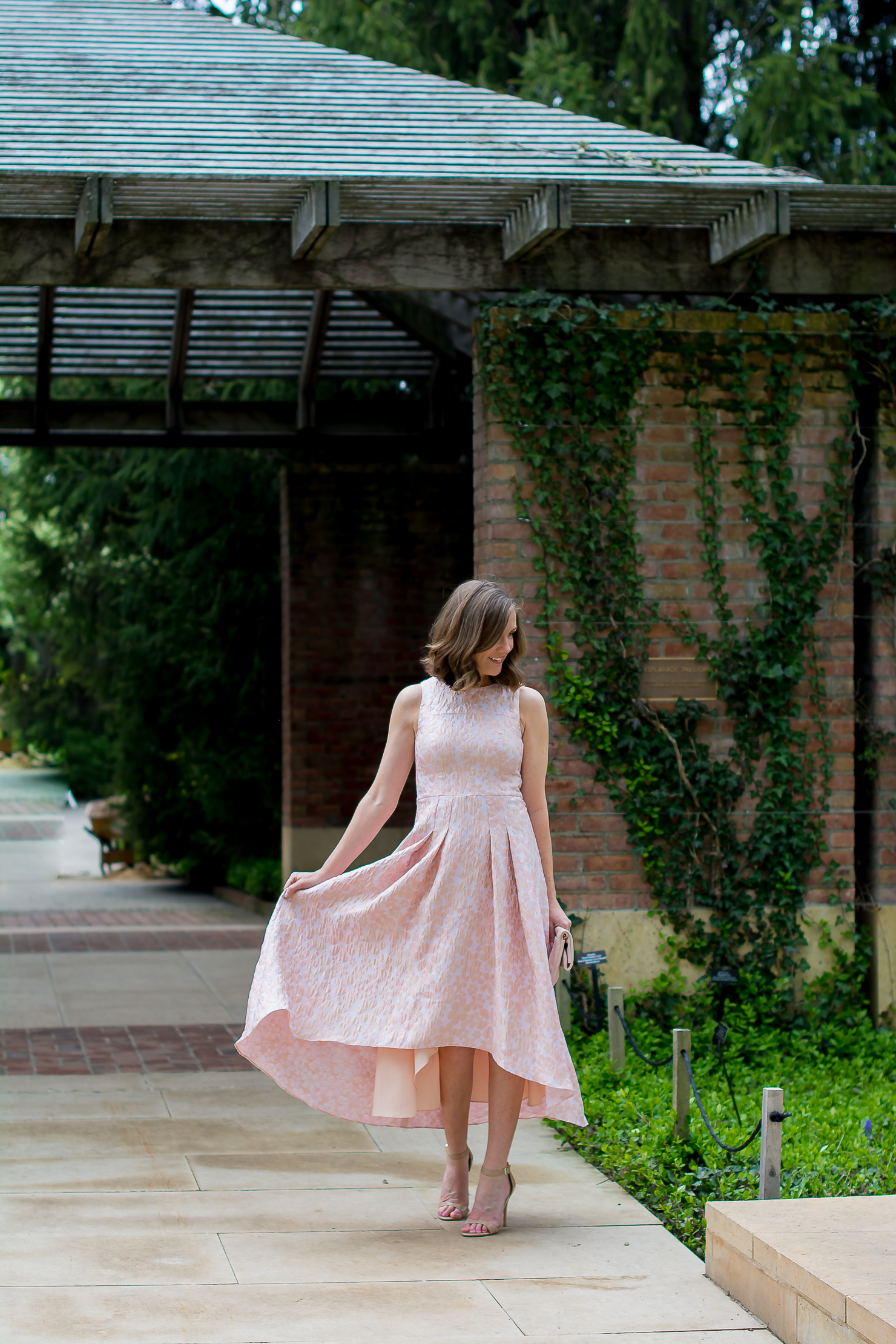 shoshana-coraline-dress-rent-the-runway-blush-folodover-clutch-chicago-botanic-gardens-oscar-de-la-renta-floral-ring