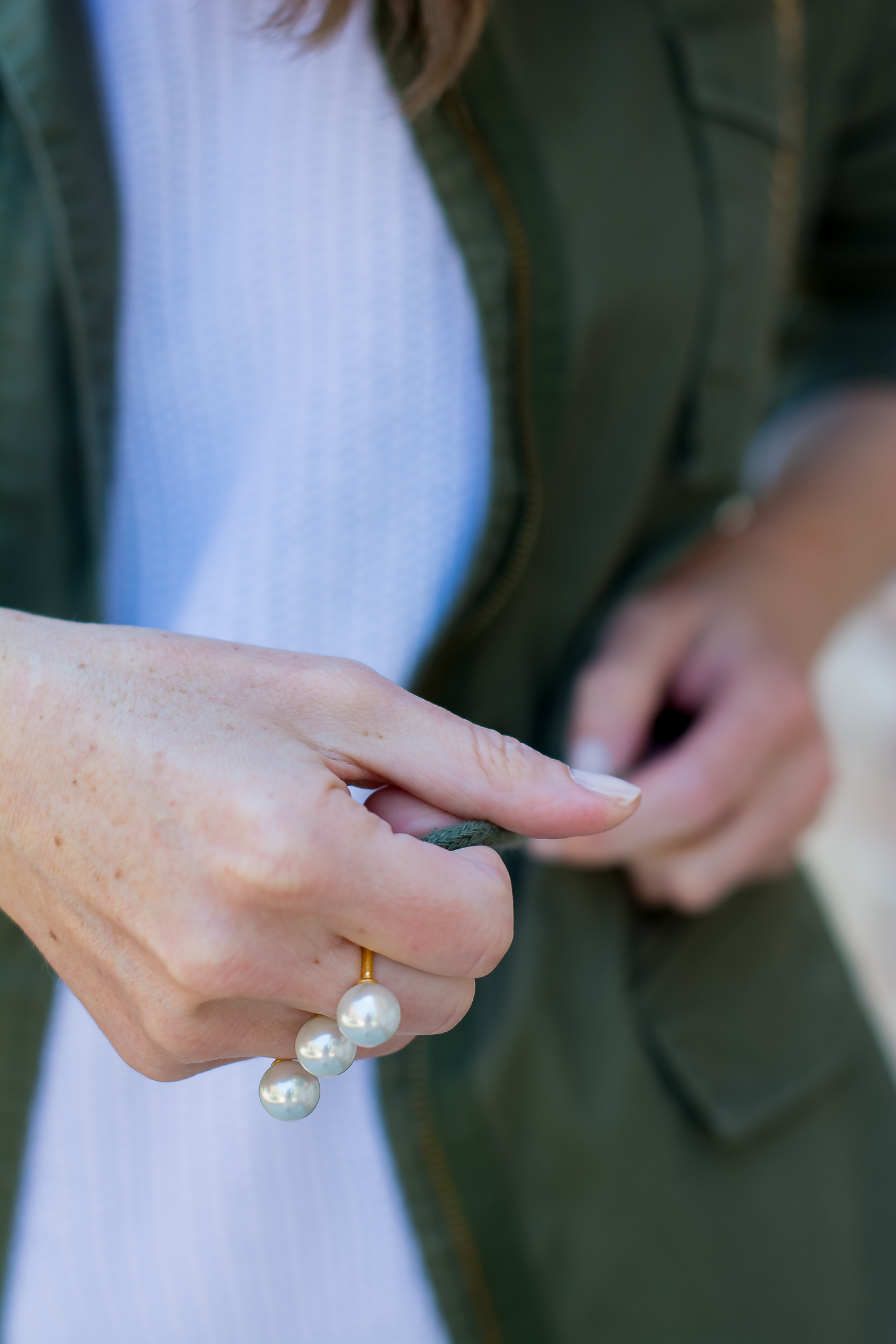 utility jacket, pearl 2 finger ring