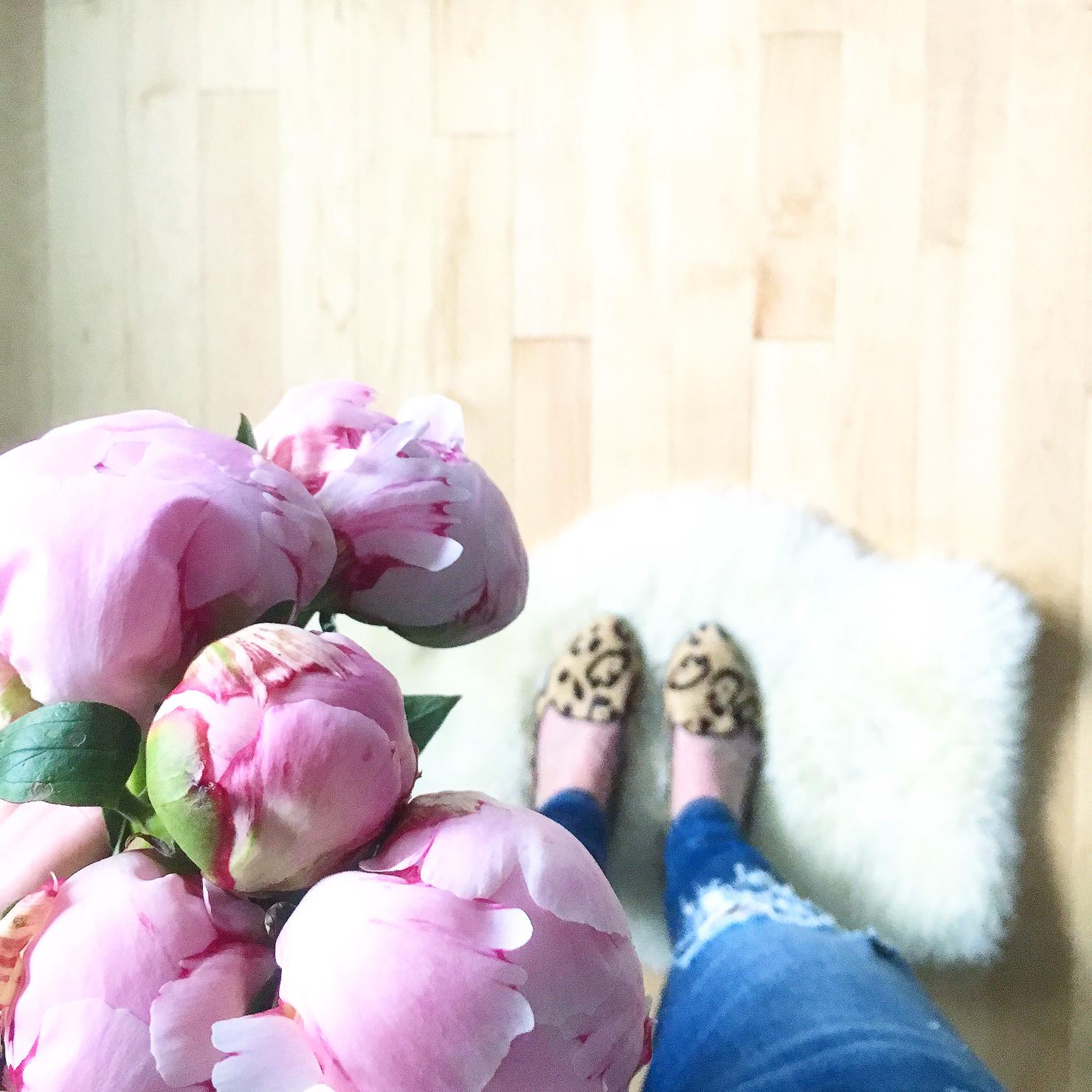 pink-peonies-leopard-birdies-slippers