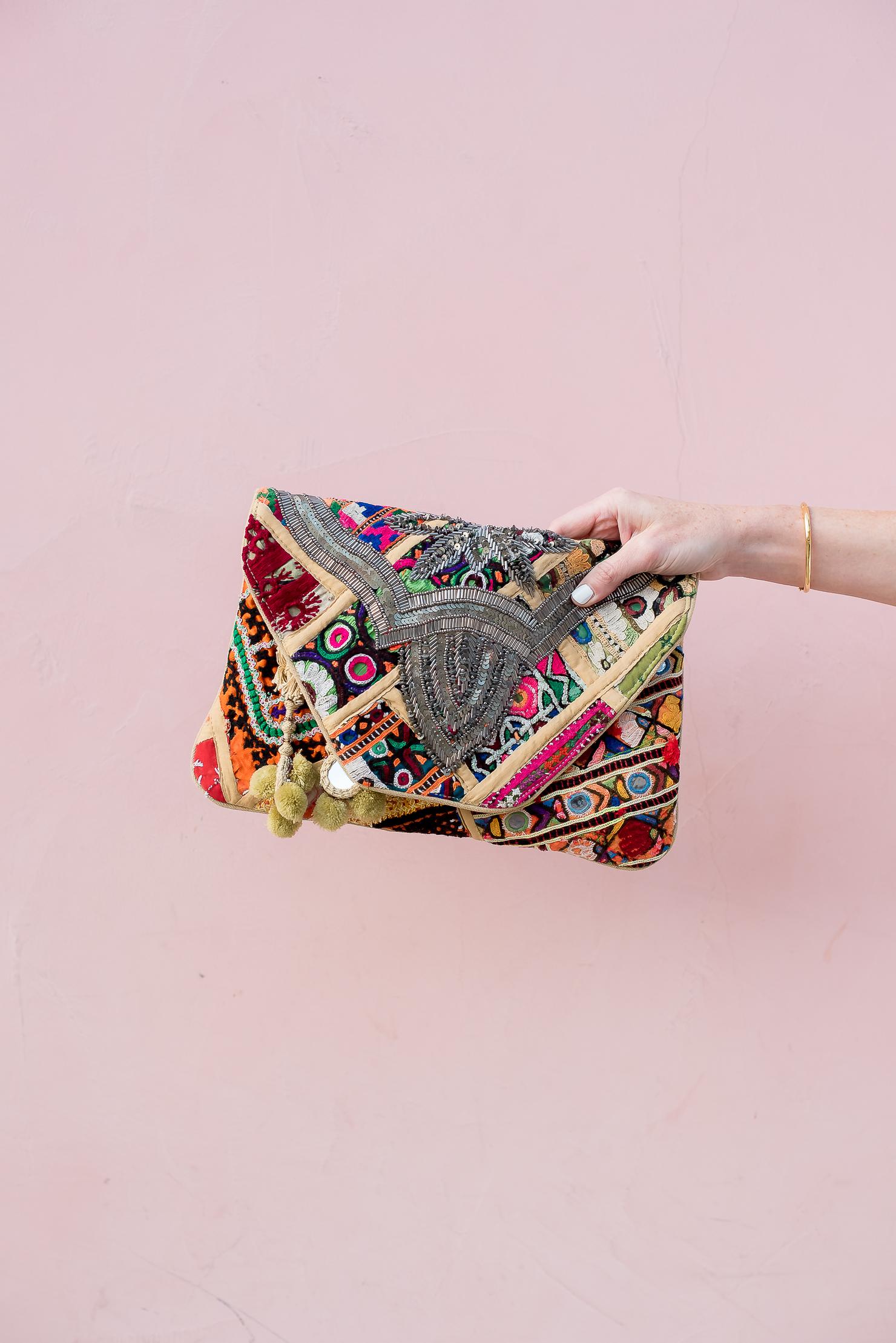 -antik-batik-jango-clutch