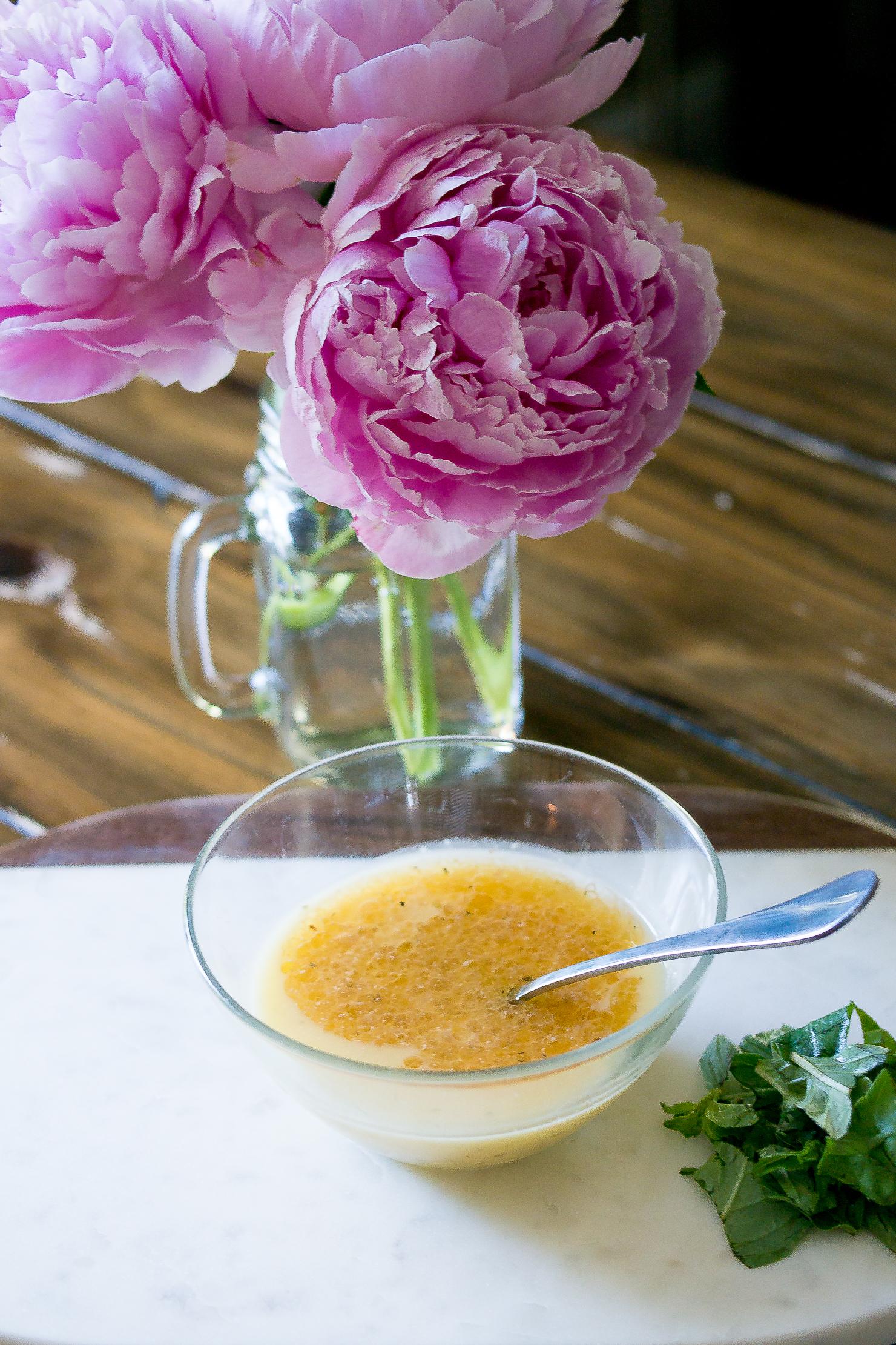 garlicy pasta salad dressing