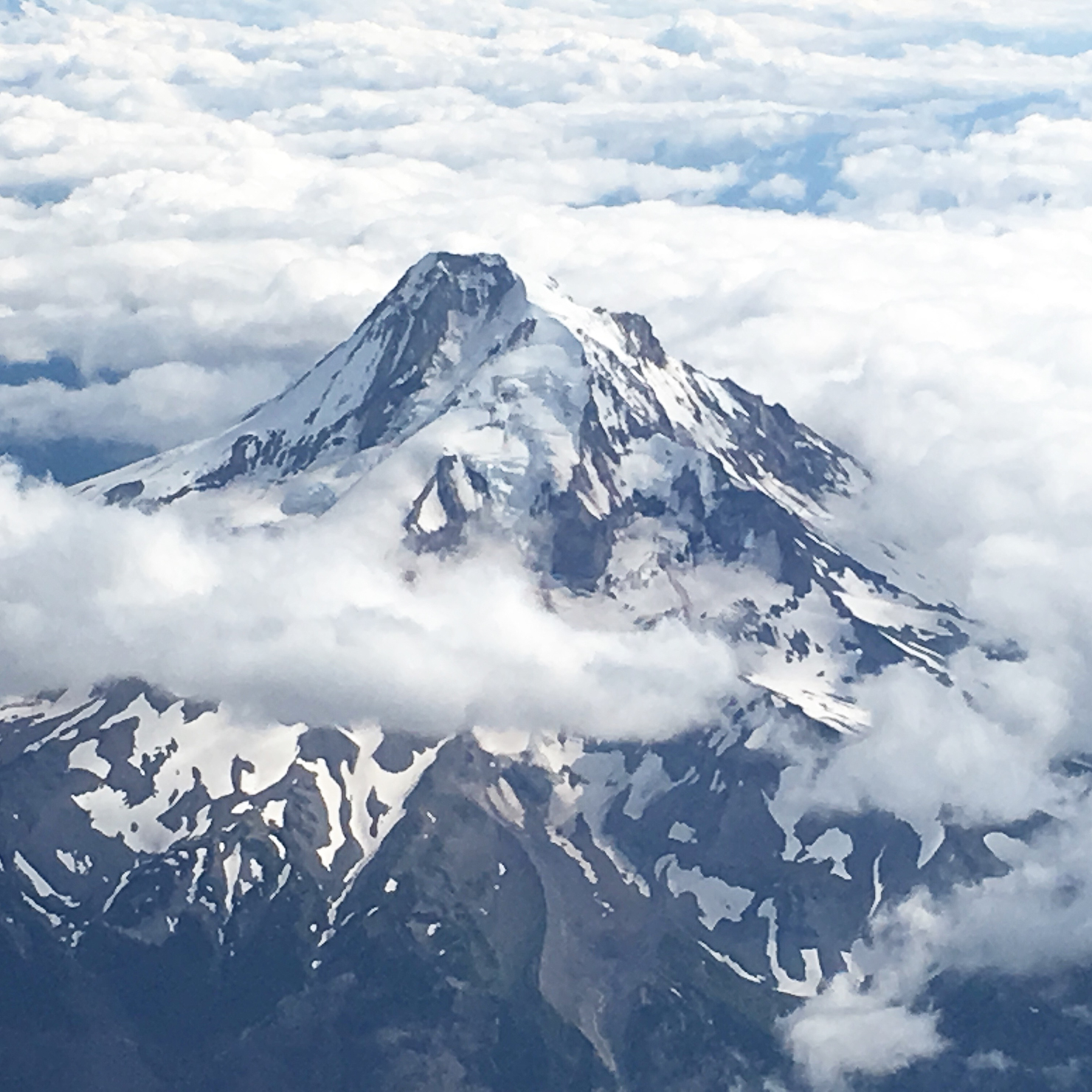 instagram-mt-hood-from-the-air