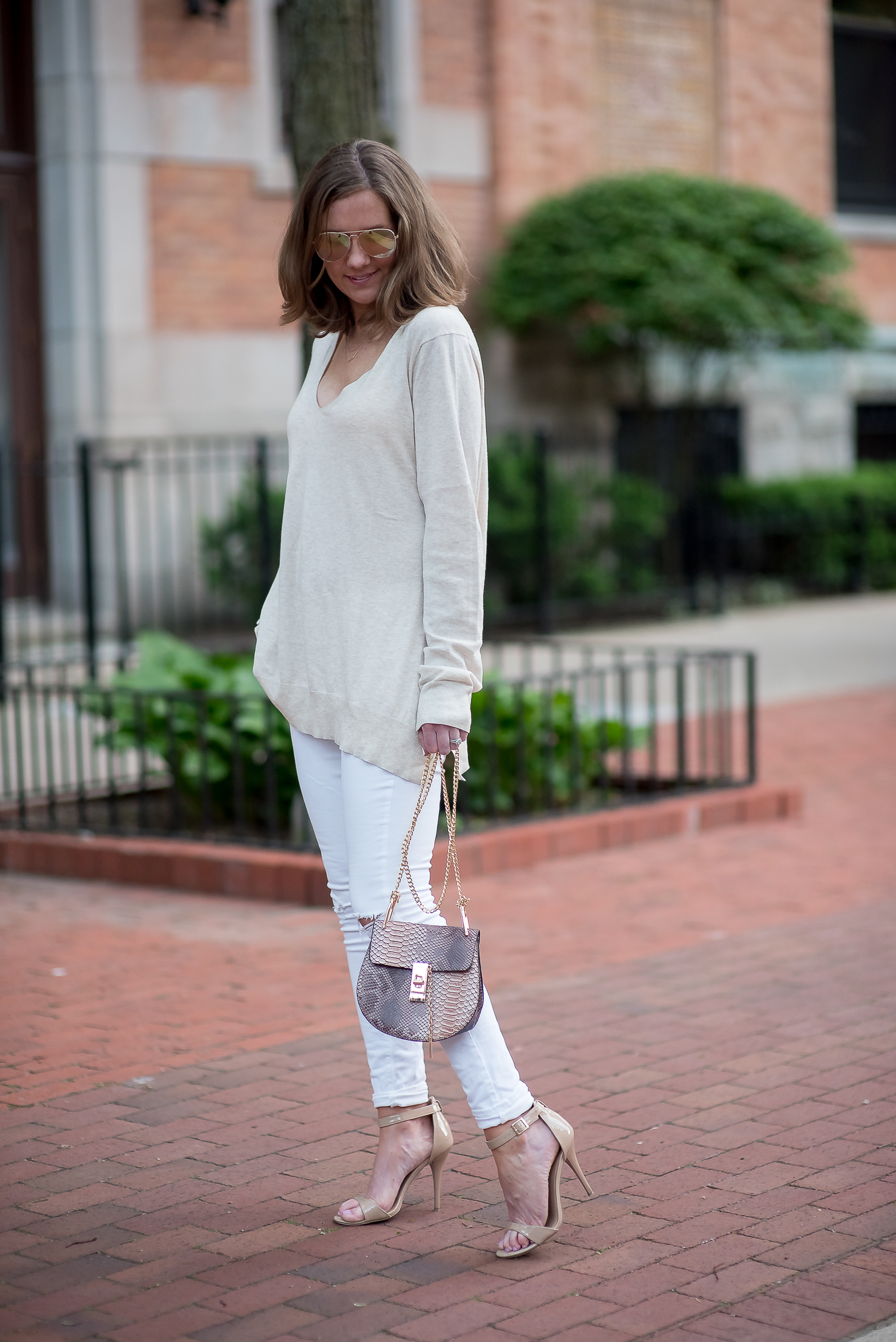 summer-neutrals-how-to-wear-white-and-cream-together-chloe-dupe