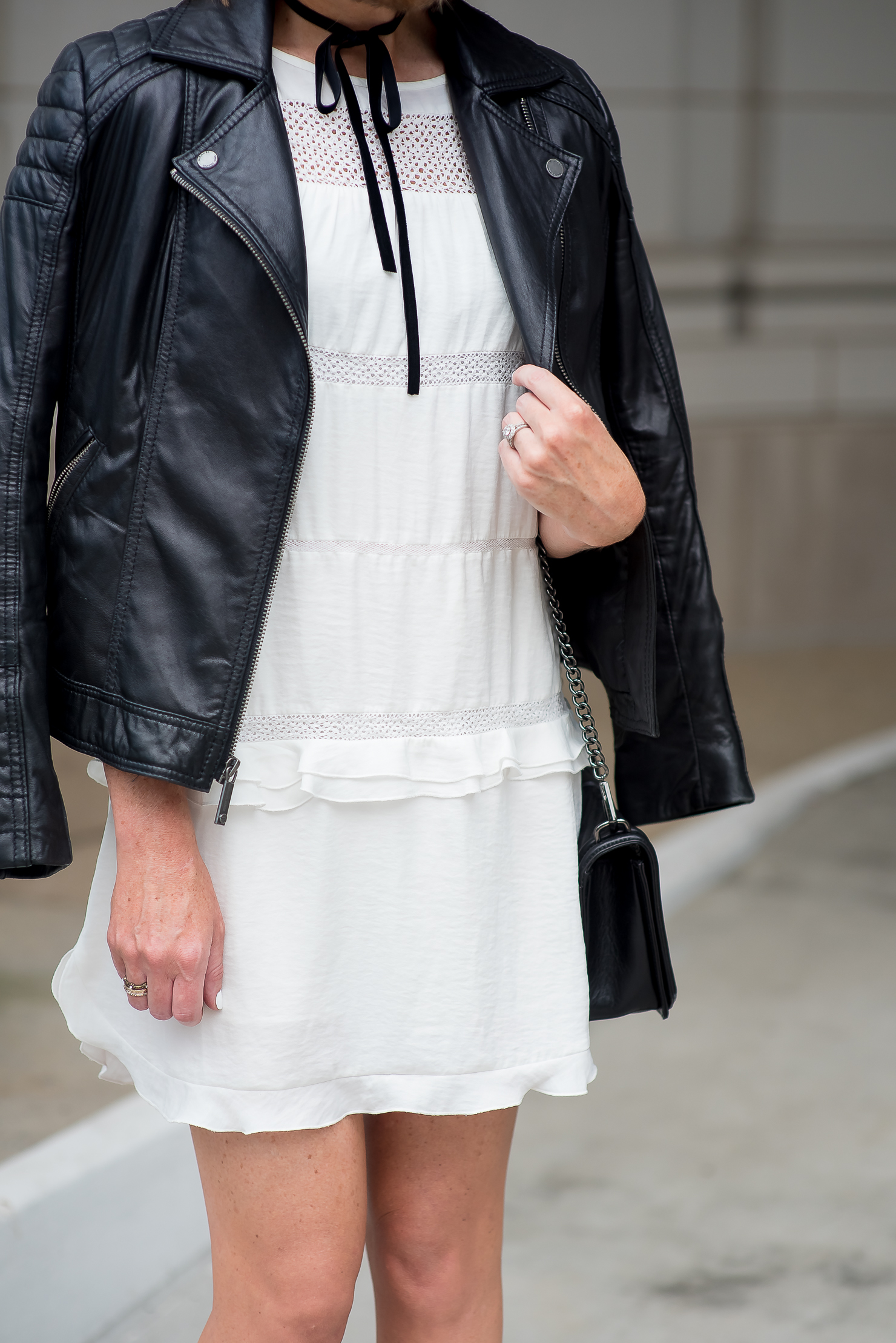 who-what-wear-for-target-white-ruffled-dress-black-moto-jacket-velvet-ribbon-bow-choker-transitioning-the-little-white-boho-dress-for-fall