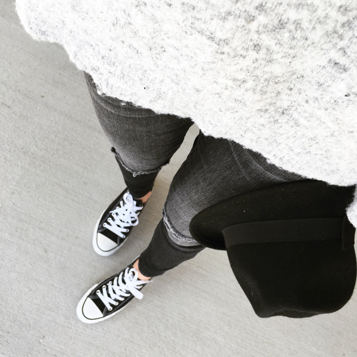 cozy-gray-sweater-black-coverse-black-fedora-cozy-fall-outfit-wishes-and-reality