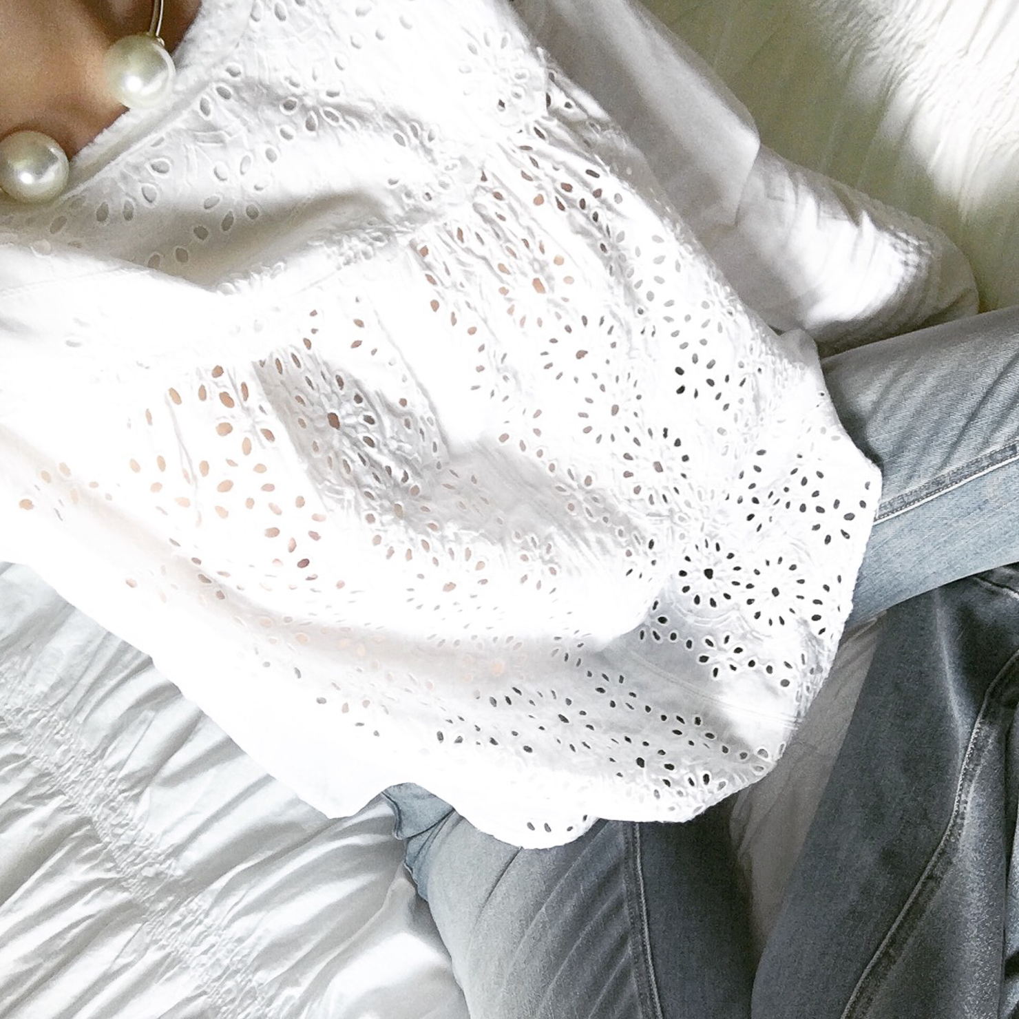 gap-white-eyeley-blouse-lace-blouse-pearl-choker-wishes-and-reality-instagram