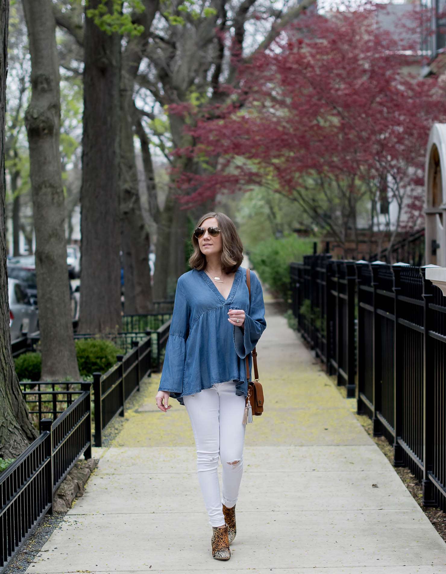 transitioning-white-jeans-for-fall-hm-denim-bell-sleeve-top-matisse-leopard-booties-metallic-bag-tassel-charms-13