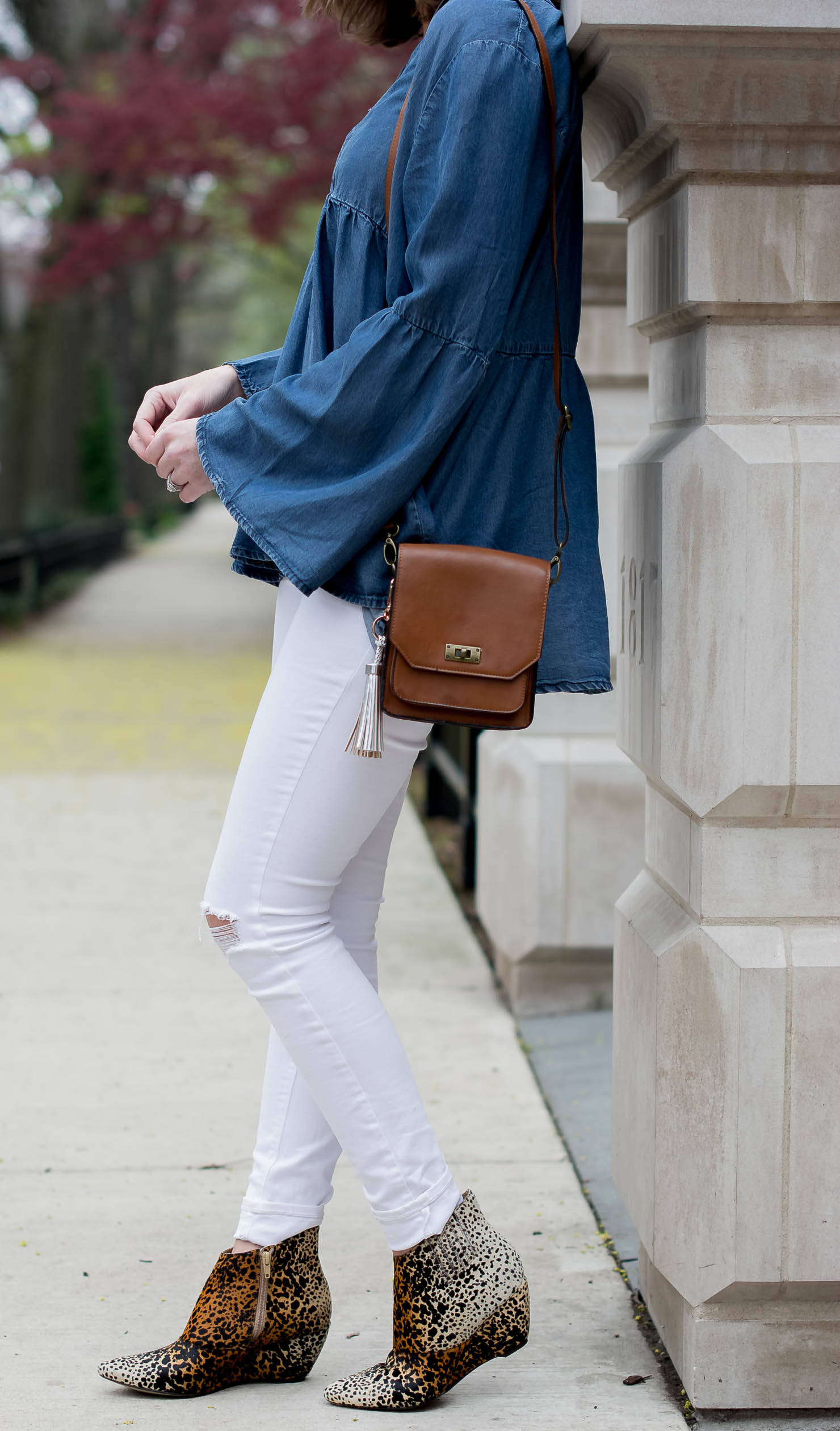 transitioning-white-jeans-for-fall-hm-denim-bell-sleeve-top-matisse-leopard-booties-metallic-bag-tassel-charms