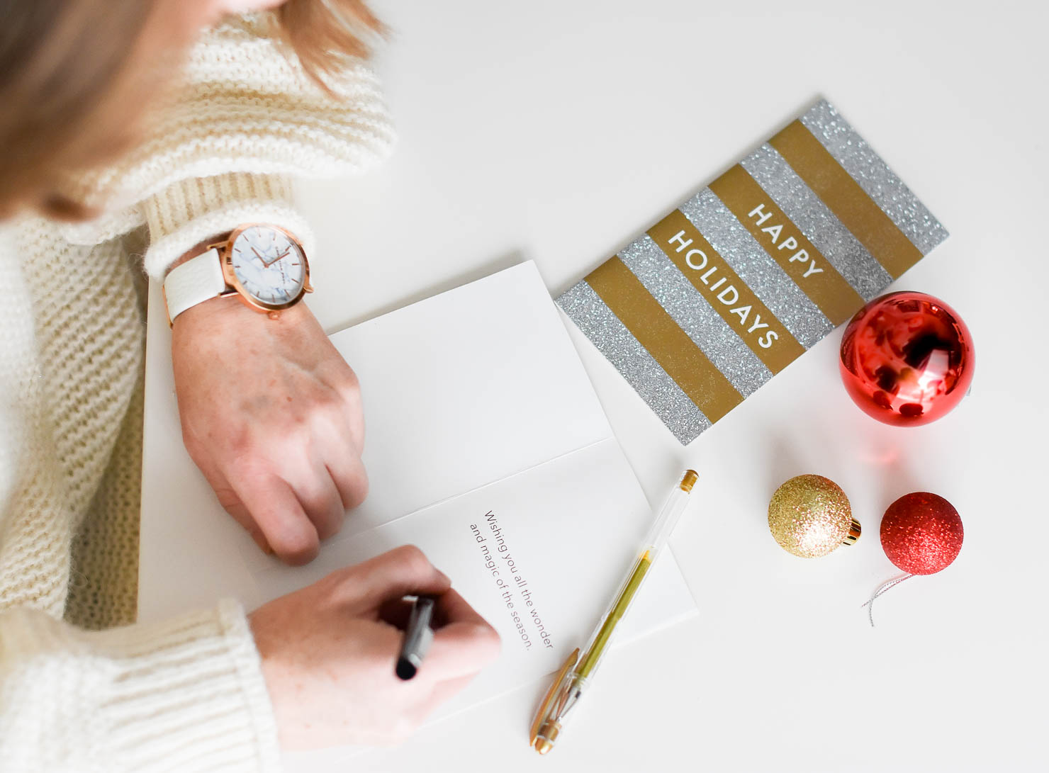 choosing the right greeting cards with paperless post
