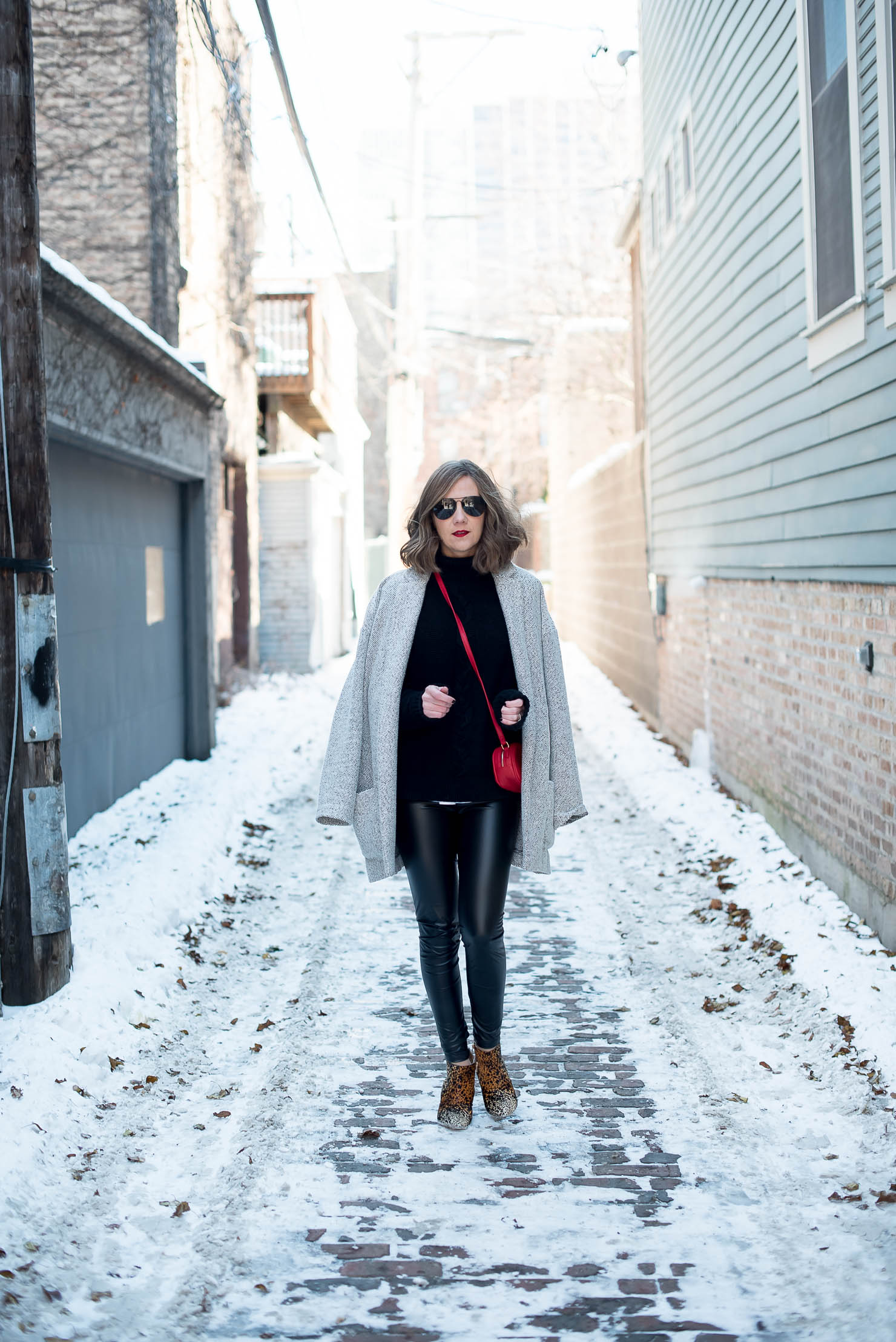 9a20c68d4f05 How to Wear Leather Leggings in the Winter - Wishes & Reality