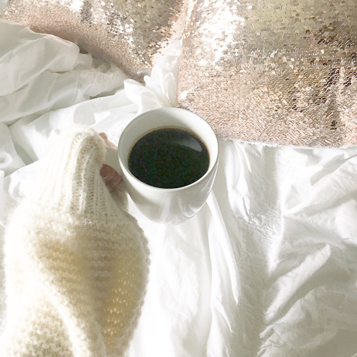 instagram-cozy-coffee-sequin-throw-pillows