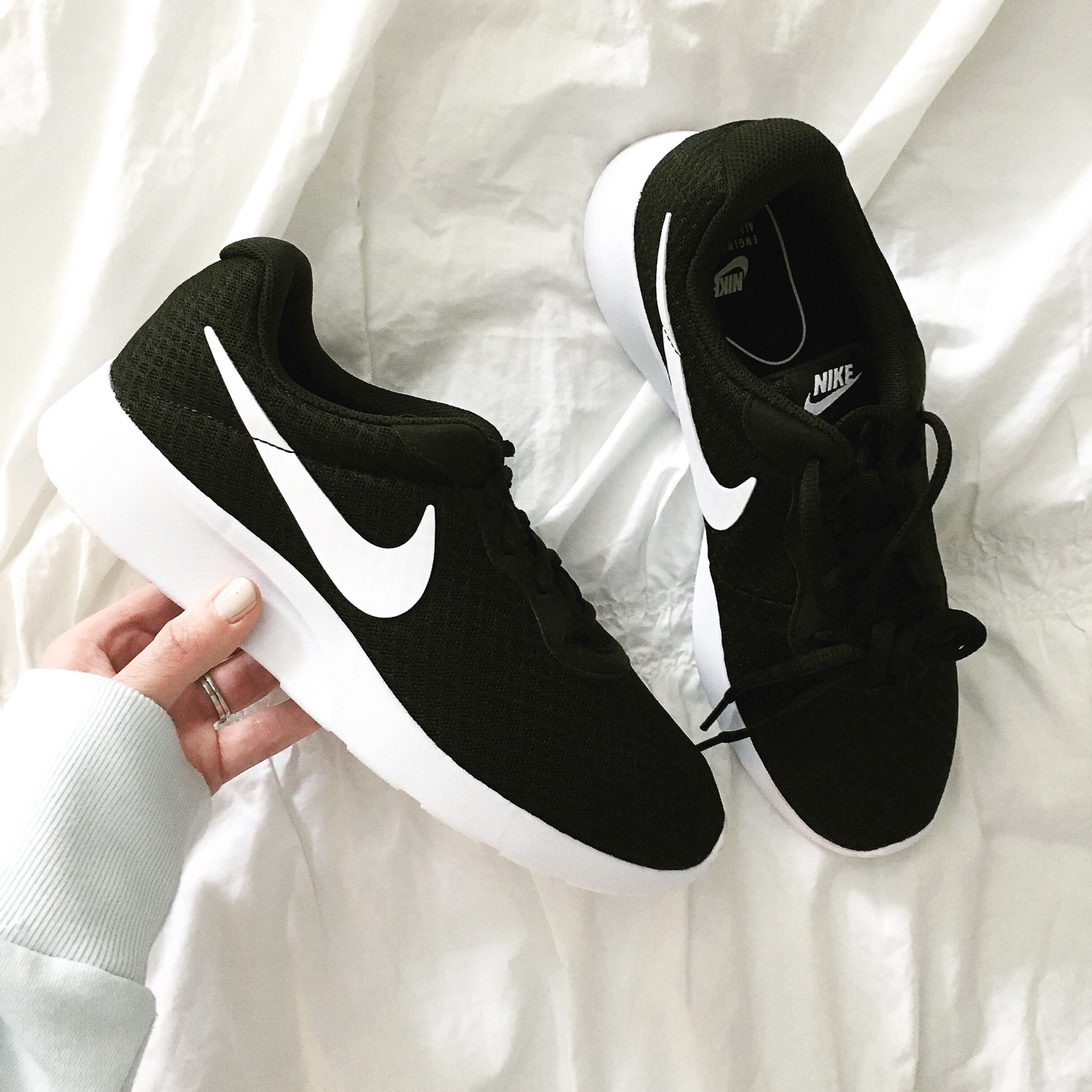 instagram-spring-2017-how-to-shop-my-instagram-with-like-to-know-it-screenshot-nikes