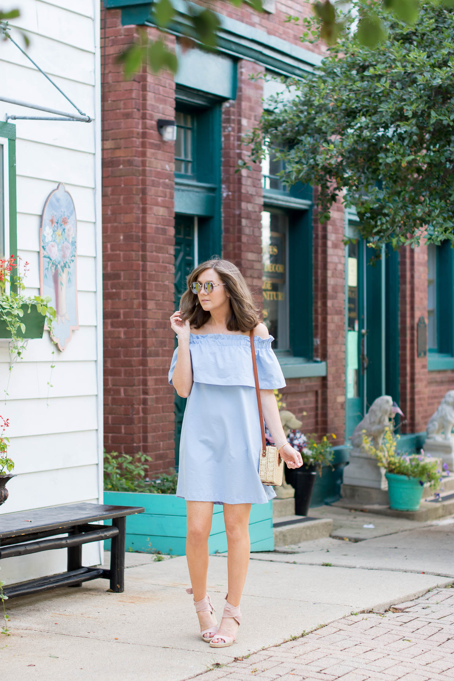 sweetspot labs, the summer beauty essential you need now, H&M off the shoulder ruffle dress with pockets, basket bag under $20