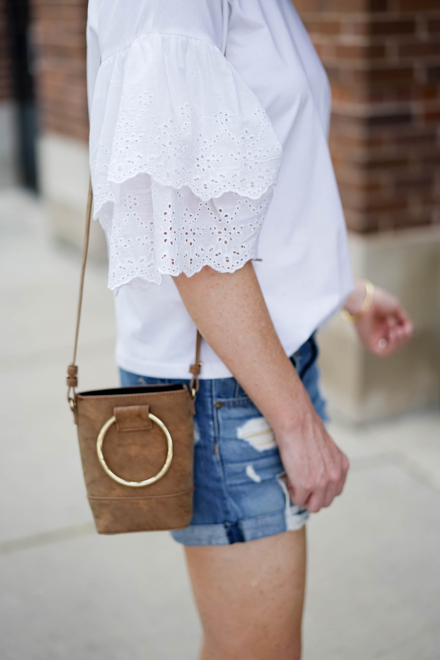 weekend style in chicago, eyelet bell sleeve tee and distressed shorts, weekend outfit