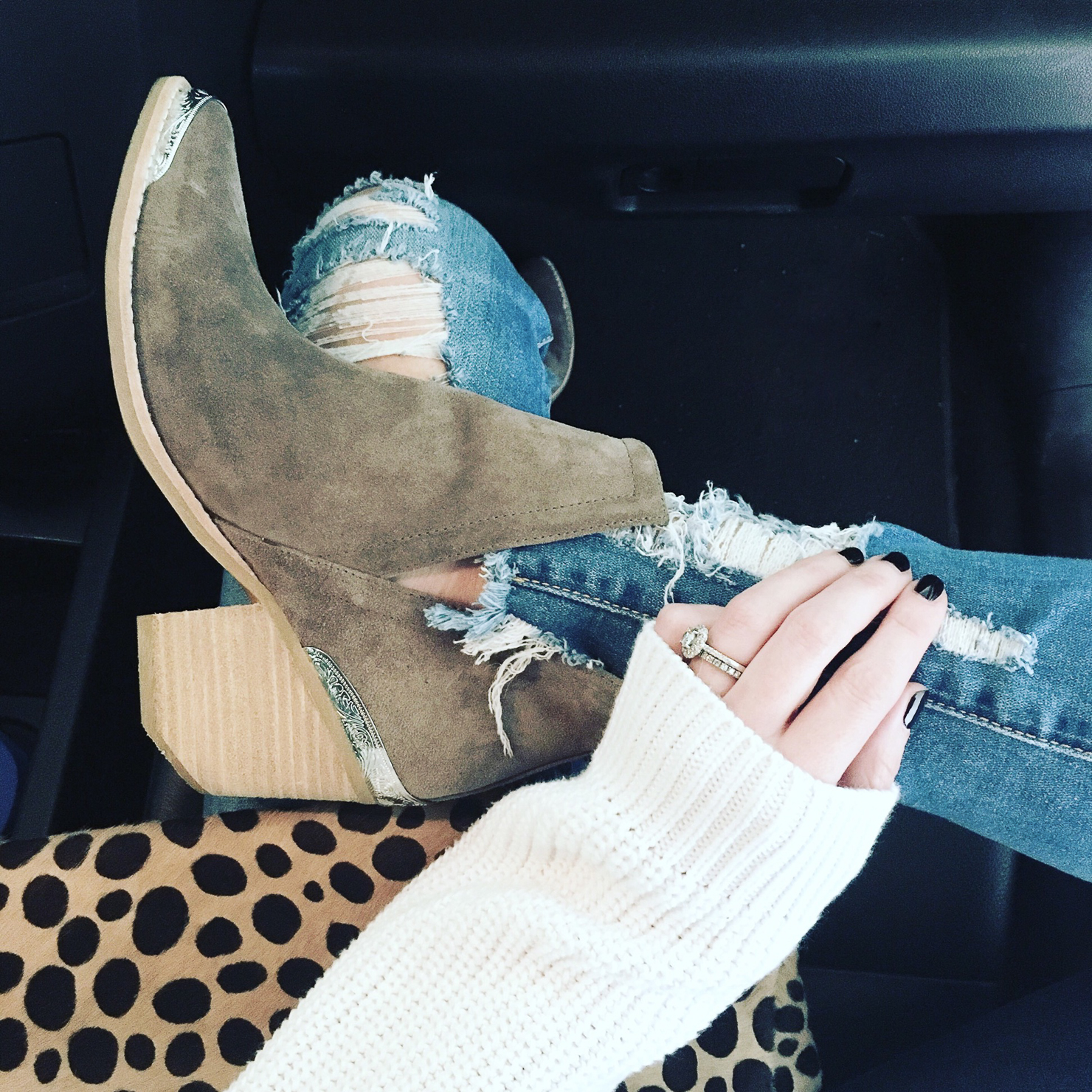 3d5c0311686 fall-2017-ultimate-boot-guide-best-fall-booties-2017-best-investment ...