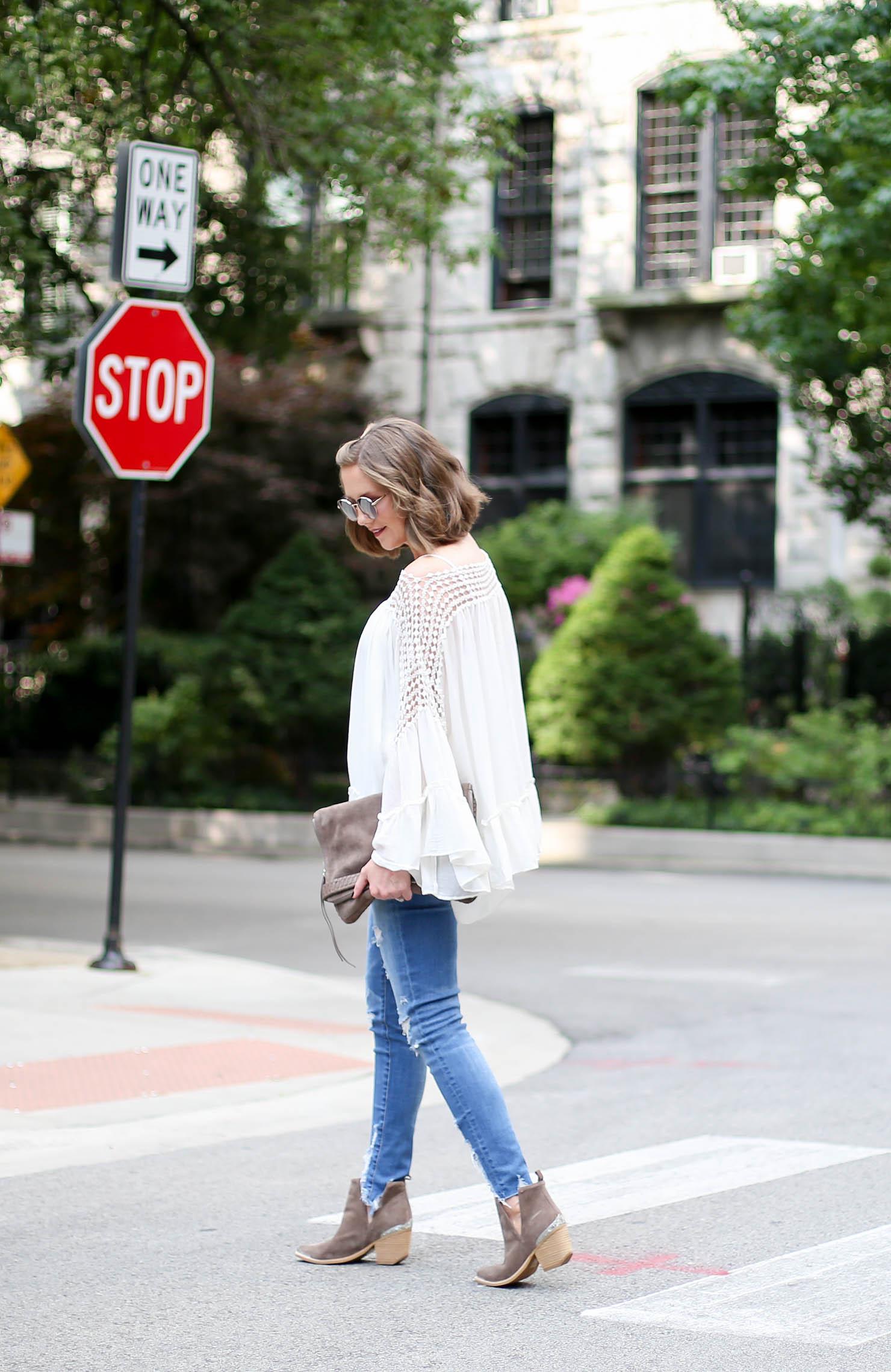 10 reasons I love fall, the perfect flowy boho blouse you need for fall, romantic top trend, fall fashion 2017, my fall uniform