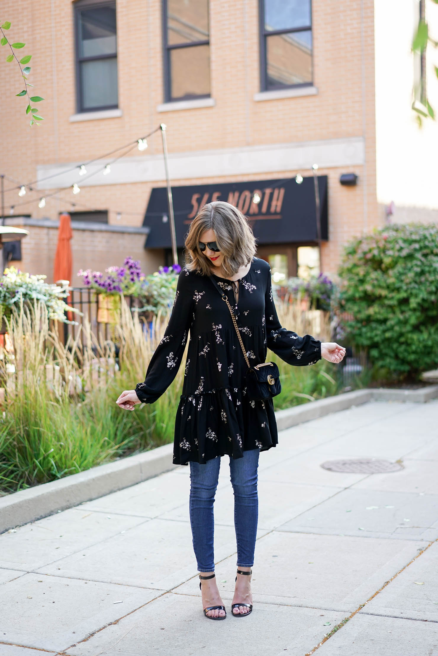 how to wear a dress with jeans, how to style a dress with jeans boho chic fall outfit, how to shop for age appropriate clothes at forever 21