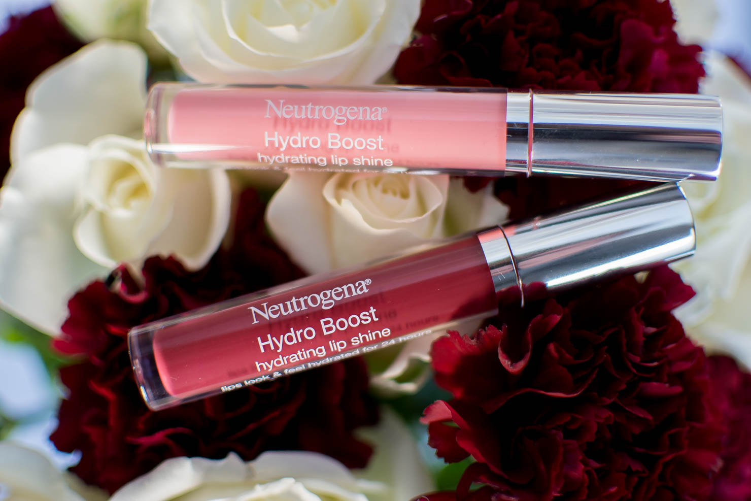 Neutrogena Hydro boost Makeup, the makeup thats better for your skin than no makeup at all, hydrates and plumps, makeup thats good for your skin