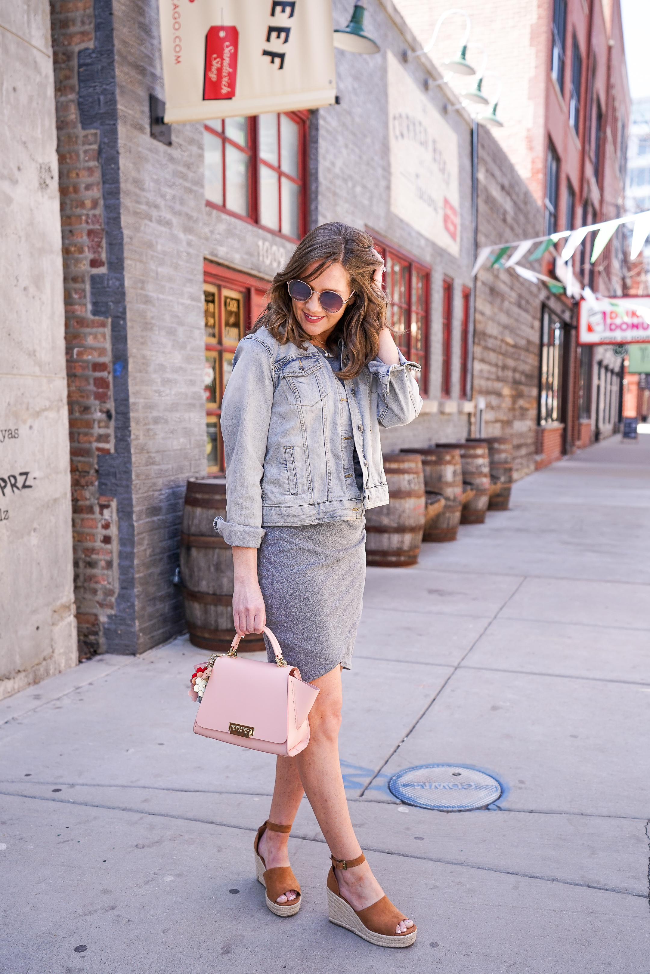 875d6613f744 insta-famous-leith-rouched-dress-easy-casual-summer-outfit-perfect-summer- outfit-formula-zac-posen-satchel-3