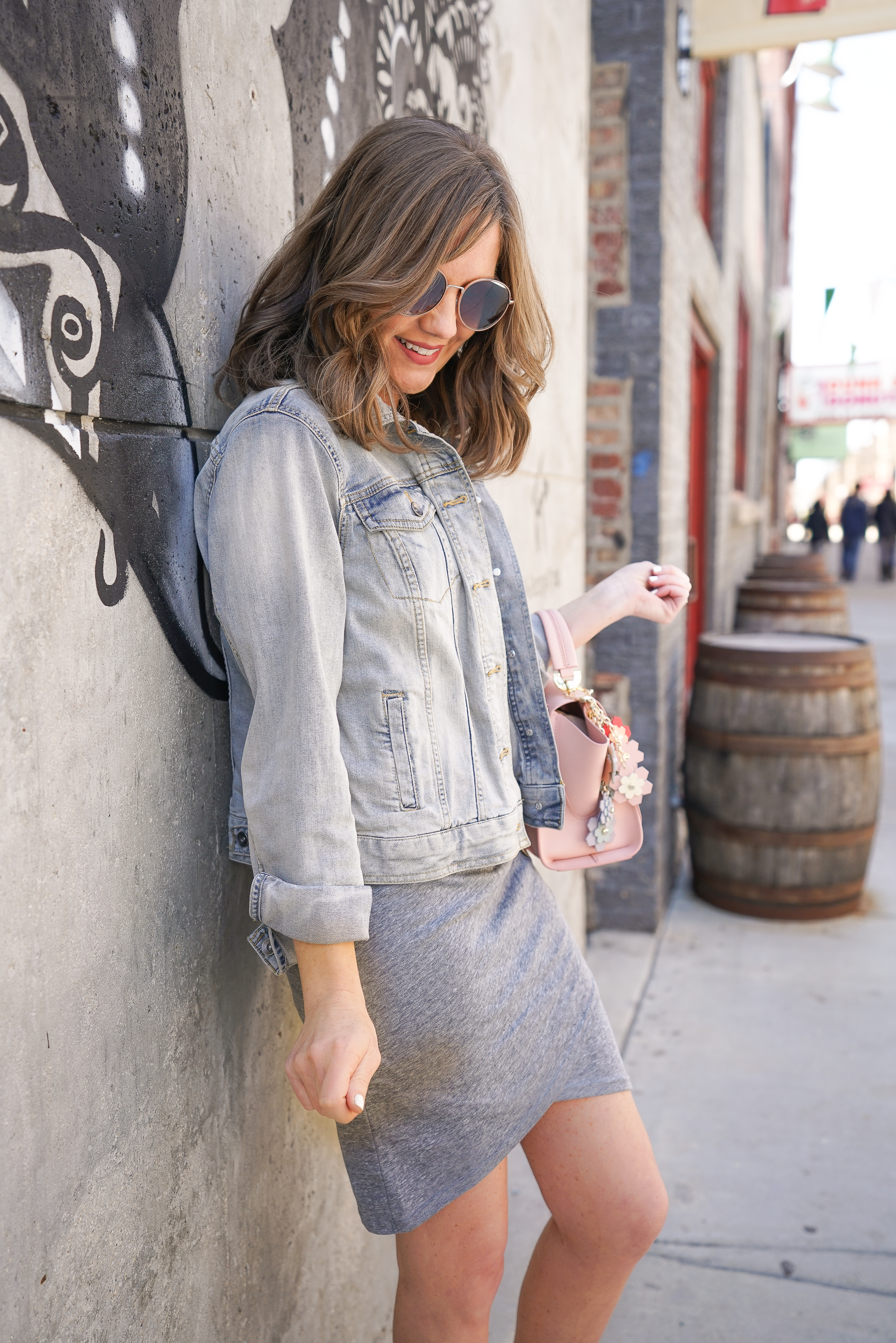Insta-famous-leith-rouched-dress-easy-casual-summer-outfit