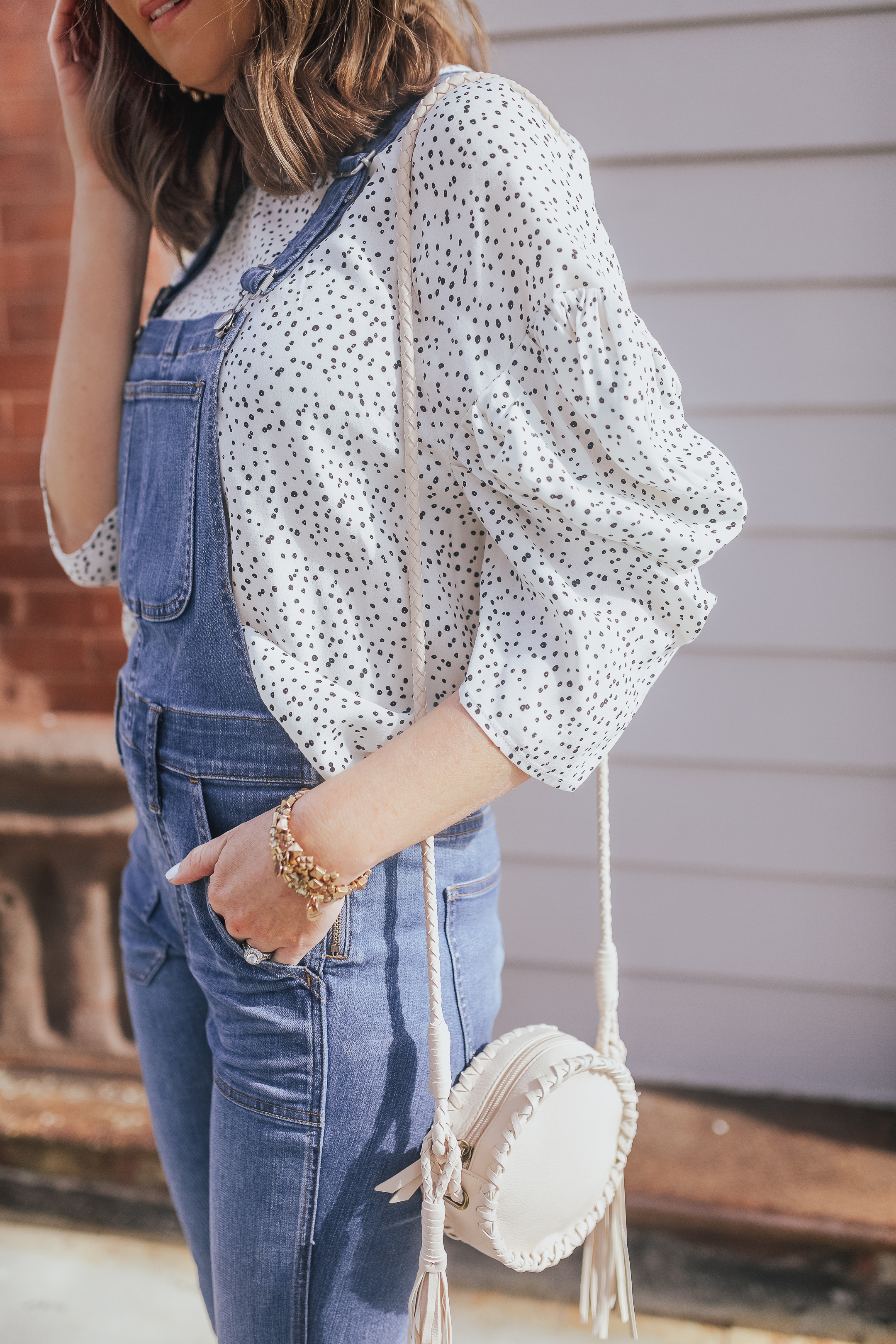 anyone can wear overalls, how to dress up overalls, skinny overalls and a bloused top, polka dot blouse, overalls that flatter every body type