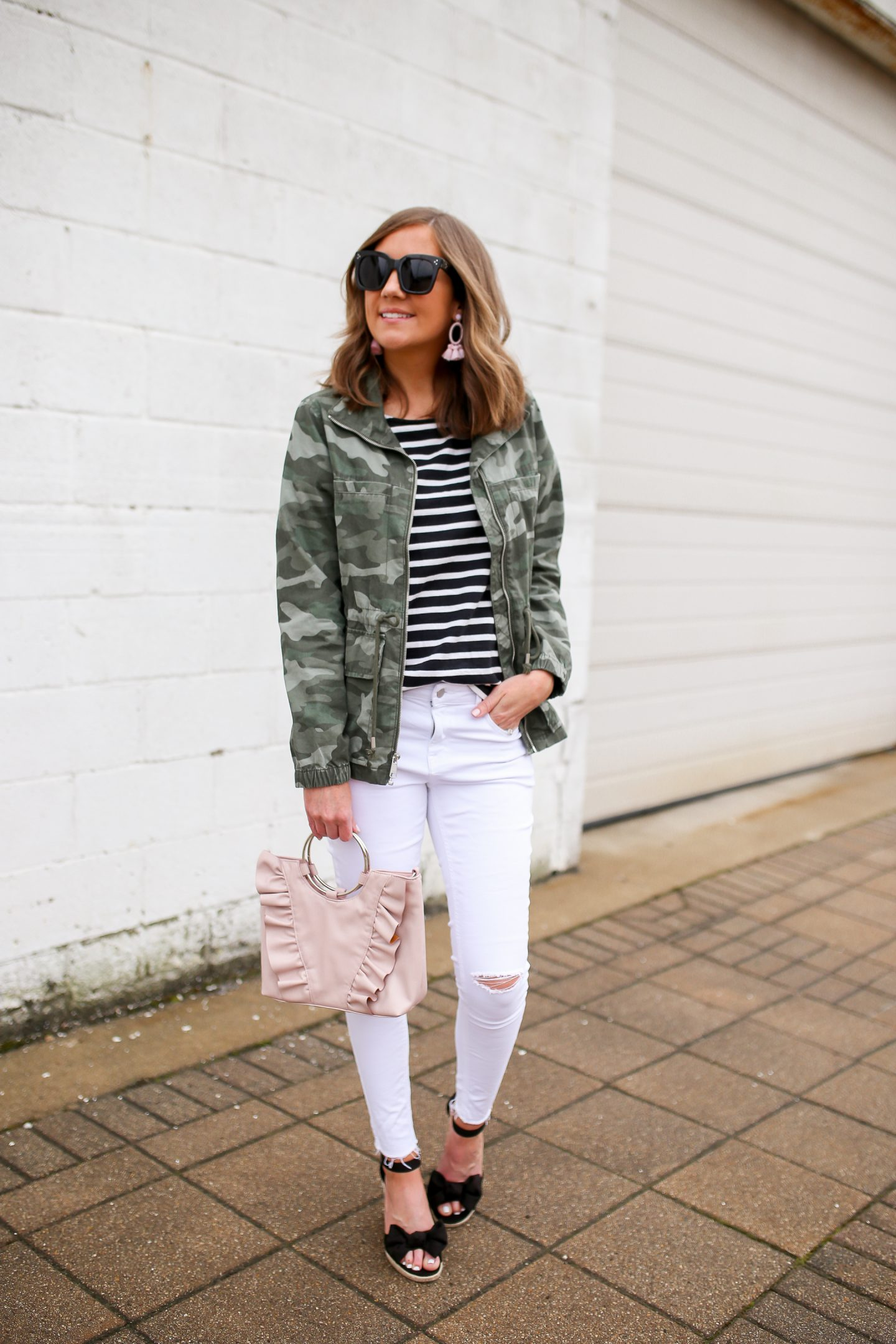 summer pieces to transition to fall, old navy camo field jacket, how to style white jeans in the fall, striped ruffle sleeve tee