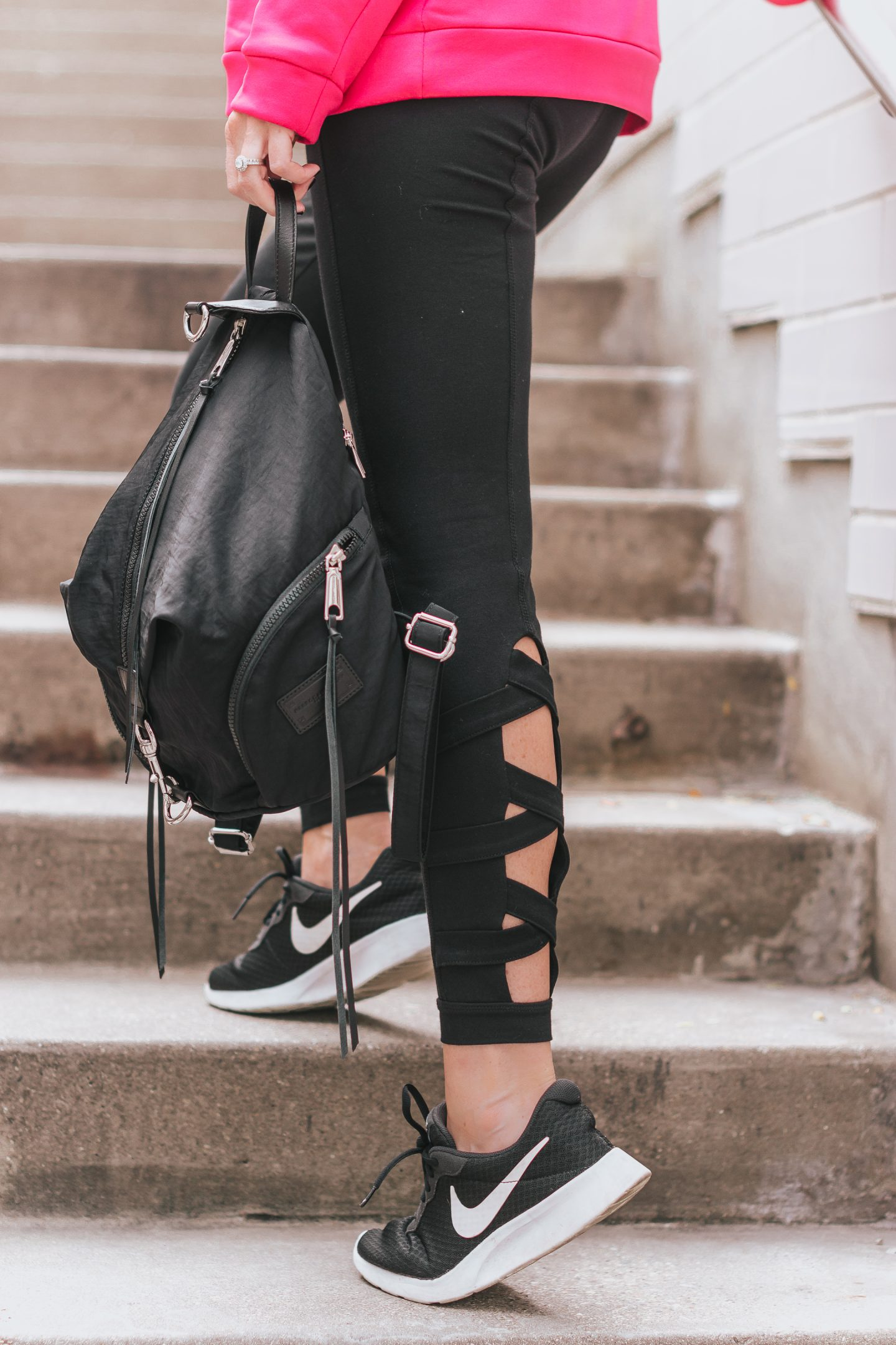 athleisure outfit, Stage Stores Breast cancer Awareness Month, thoughts on being a role model for my daughter, lessons learned from cancer survivors, what it means to be a strong role model for my daughter