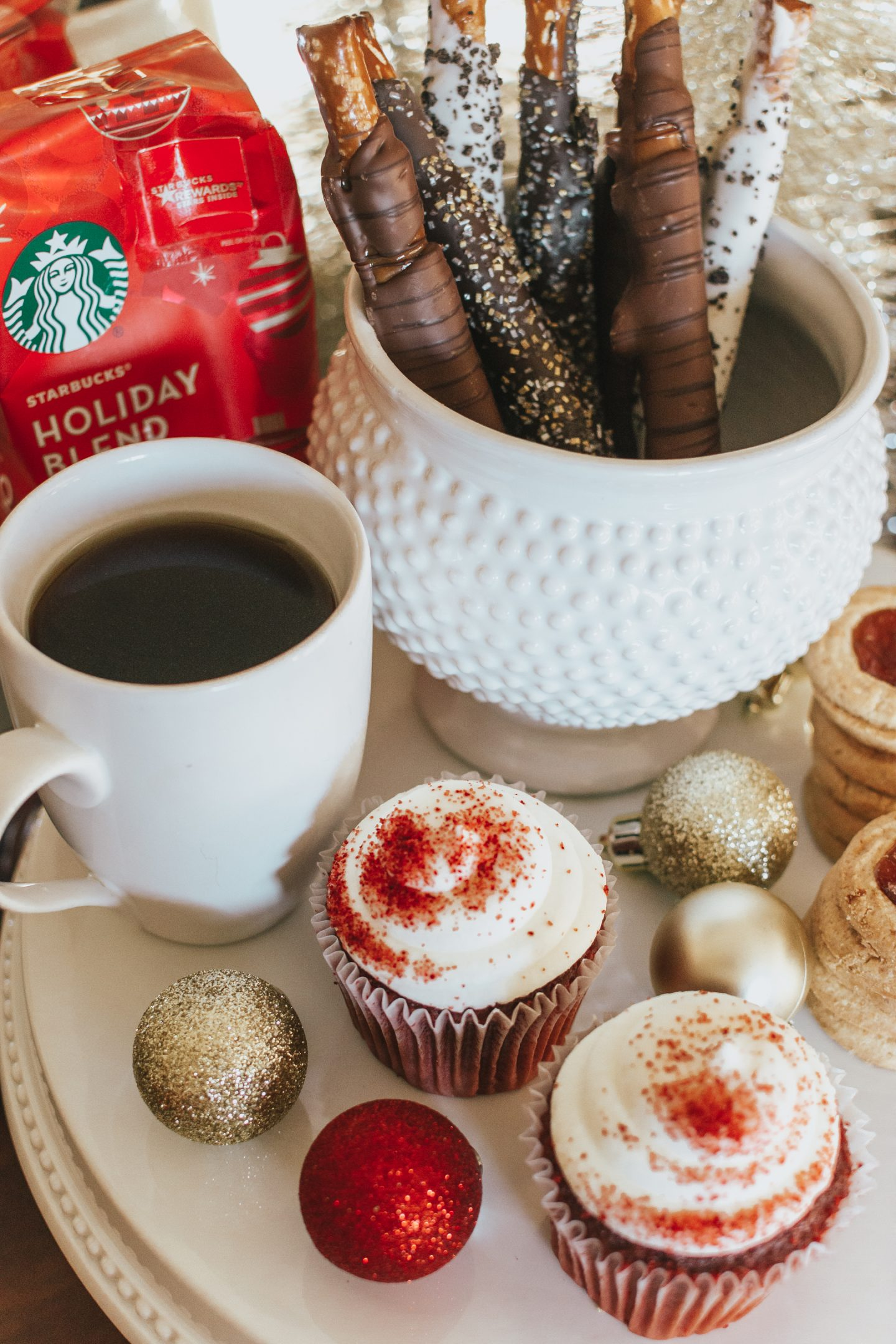 Starbucks Holiday Blend, Entertaining During the Holidays, holiday themed coffee station, holiday coffee and dessert pairings