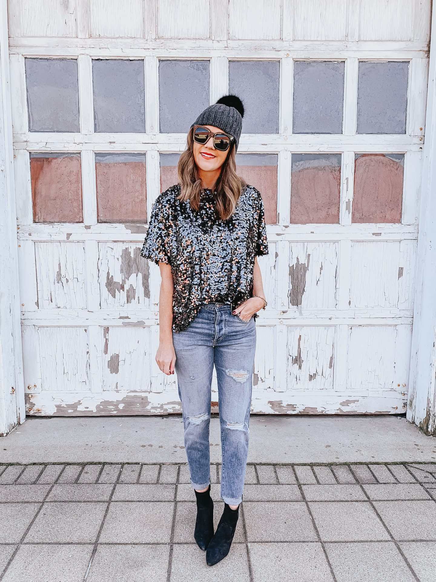 Low Key New Year's Eve Ideas, casual and cute New Year's Eve outfit, sequin tee shirt, how to style jeans for New years