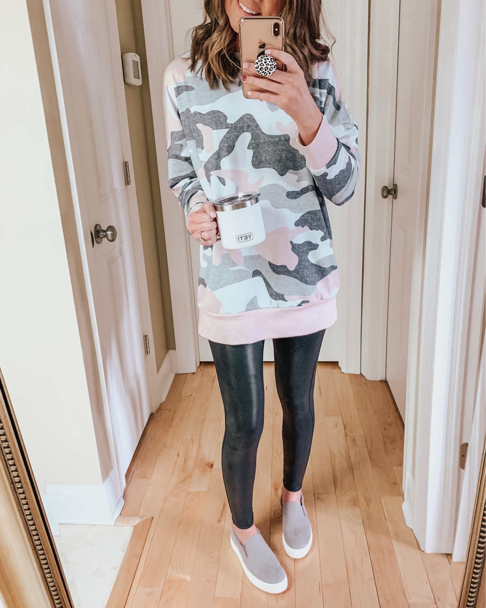 casual wardrobe basics, camo sweatshirt, amazon fashion, faux leather leggings, casual outfit