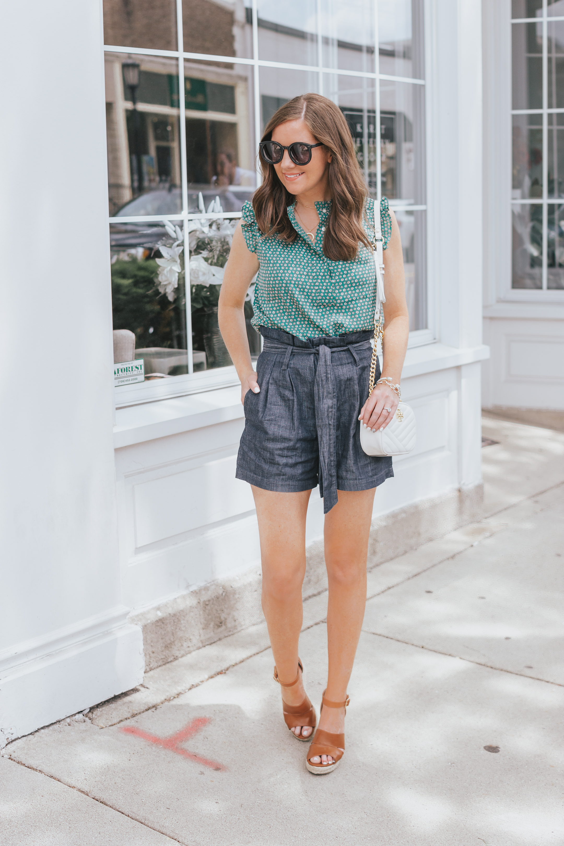 e999e5e565 two-ways-to-style-paperbag-shorts-highwaisted-shorts-how-to-dress-up-shorts -summer-fashion-Target-A-New-Day-paperbag-shorts-9