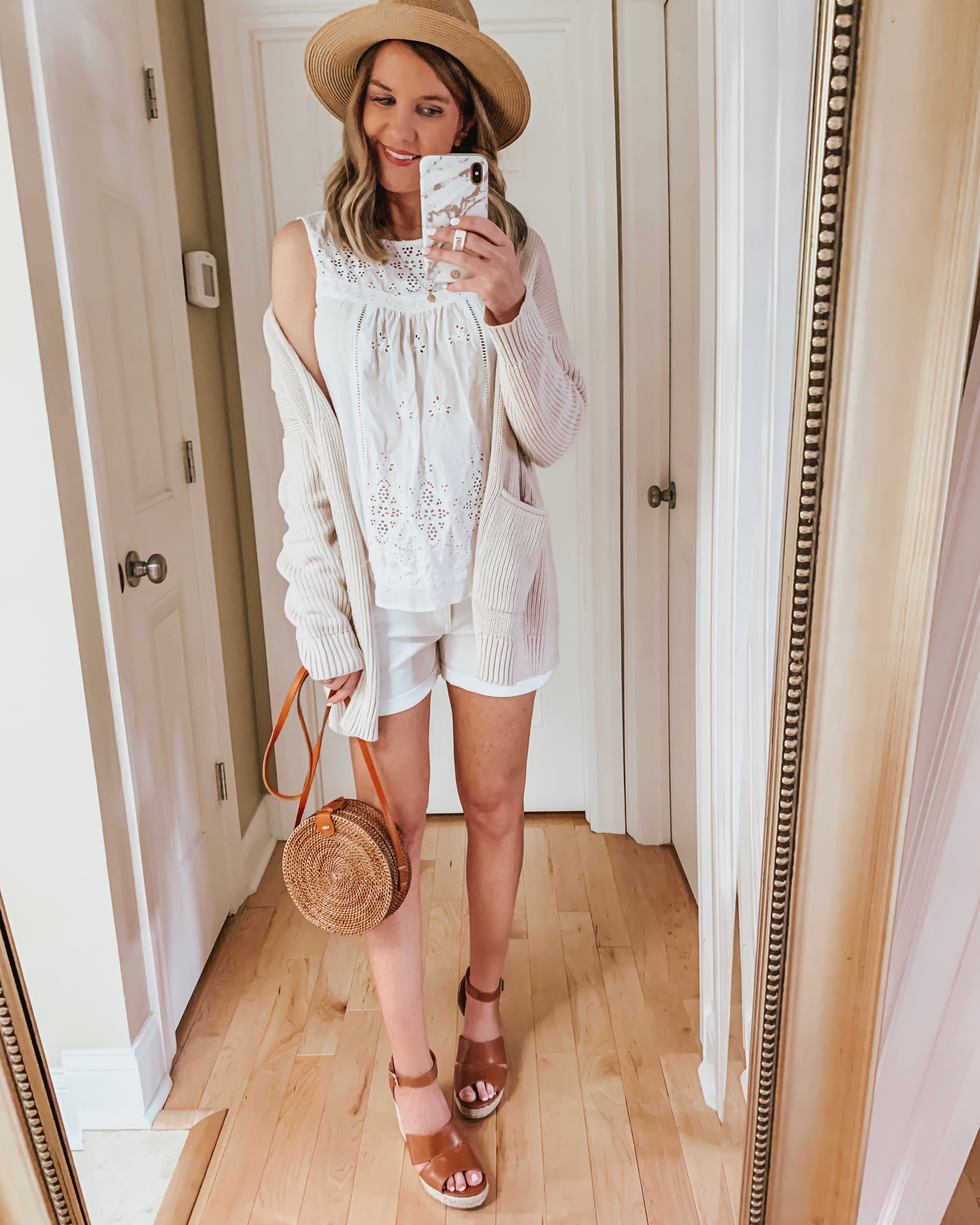 nine ways to style white shorts, all white outfit, eyelet blouse, light neutrals, summer date night outfit