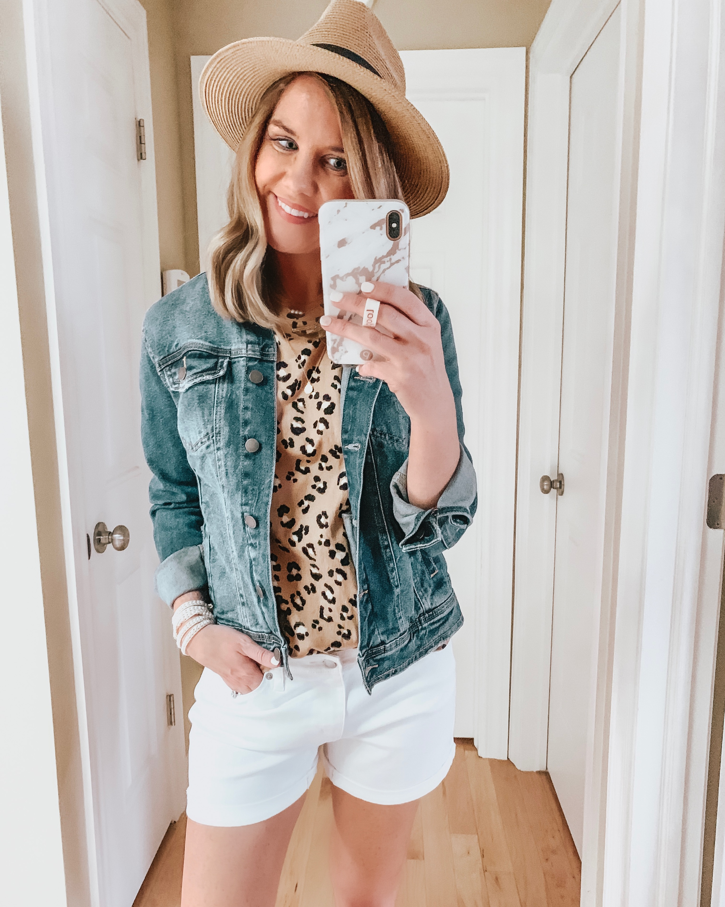 nine ways to style white shorts, leopard tee, jean jacket