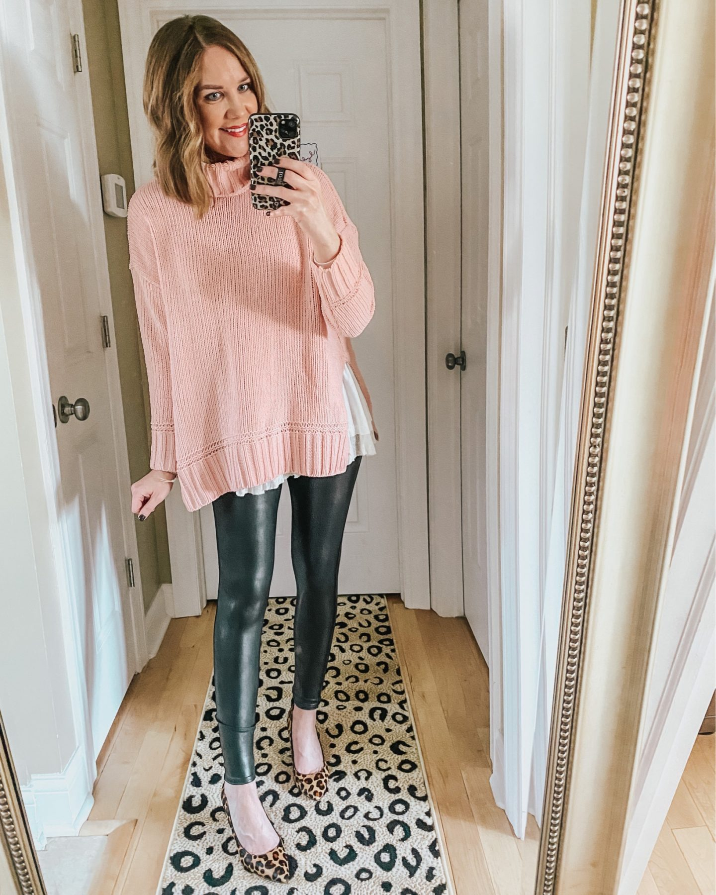 dressy-leggings-outfit